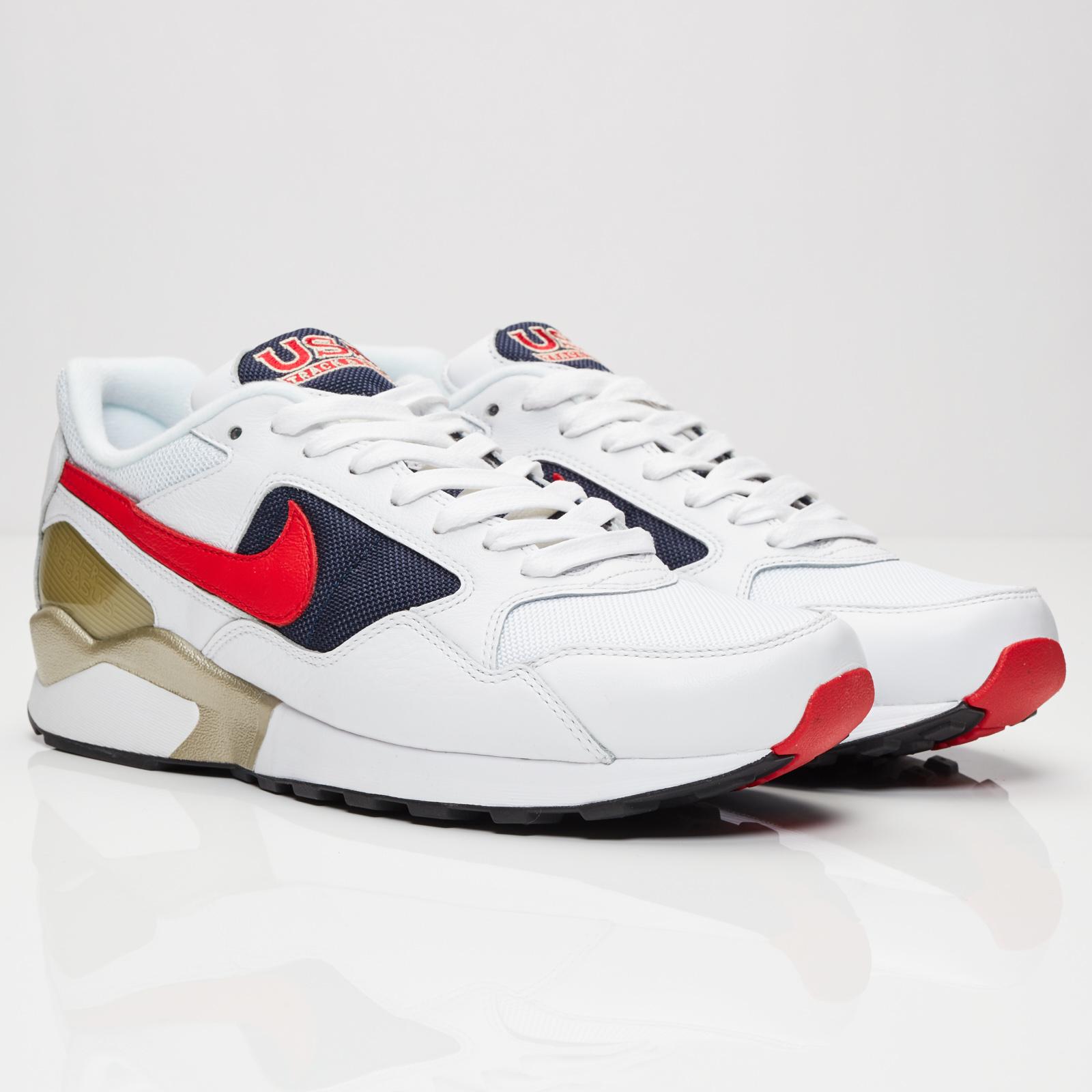 8331c623706a1 Nike Air Pegasus 92 Premium - 844964-100 - Sneakersnstuff