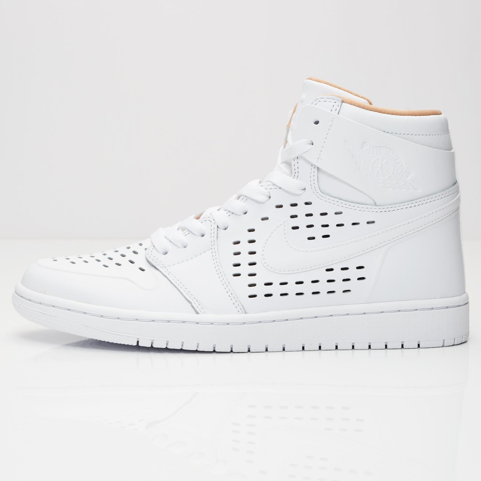huge discount a93f3 92466 Jordan Brand Air Jordan 1 Retro High - 845018-142 - Sneakersnstuff    sneakers   streetwear online since 1999