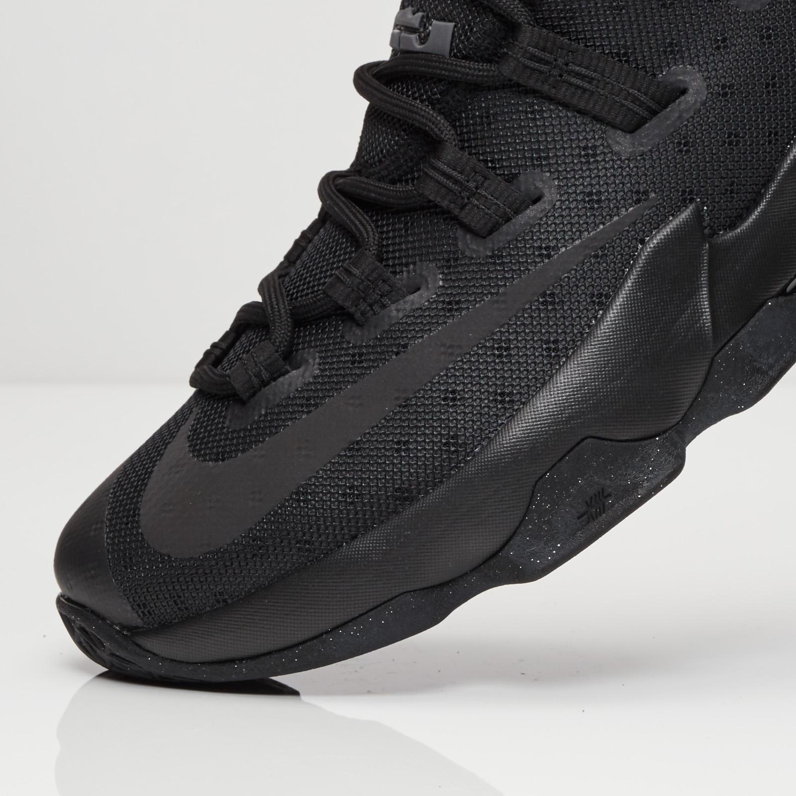 libertad Escarchado pecador  Nike Lebron XIII Low - 831925-001 - Sneakersnstuff | sneakers & streetwear  online since 1999