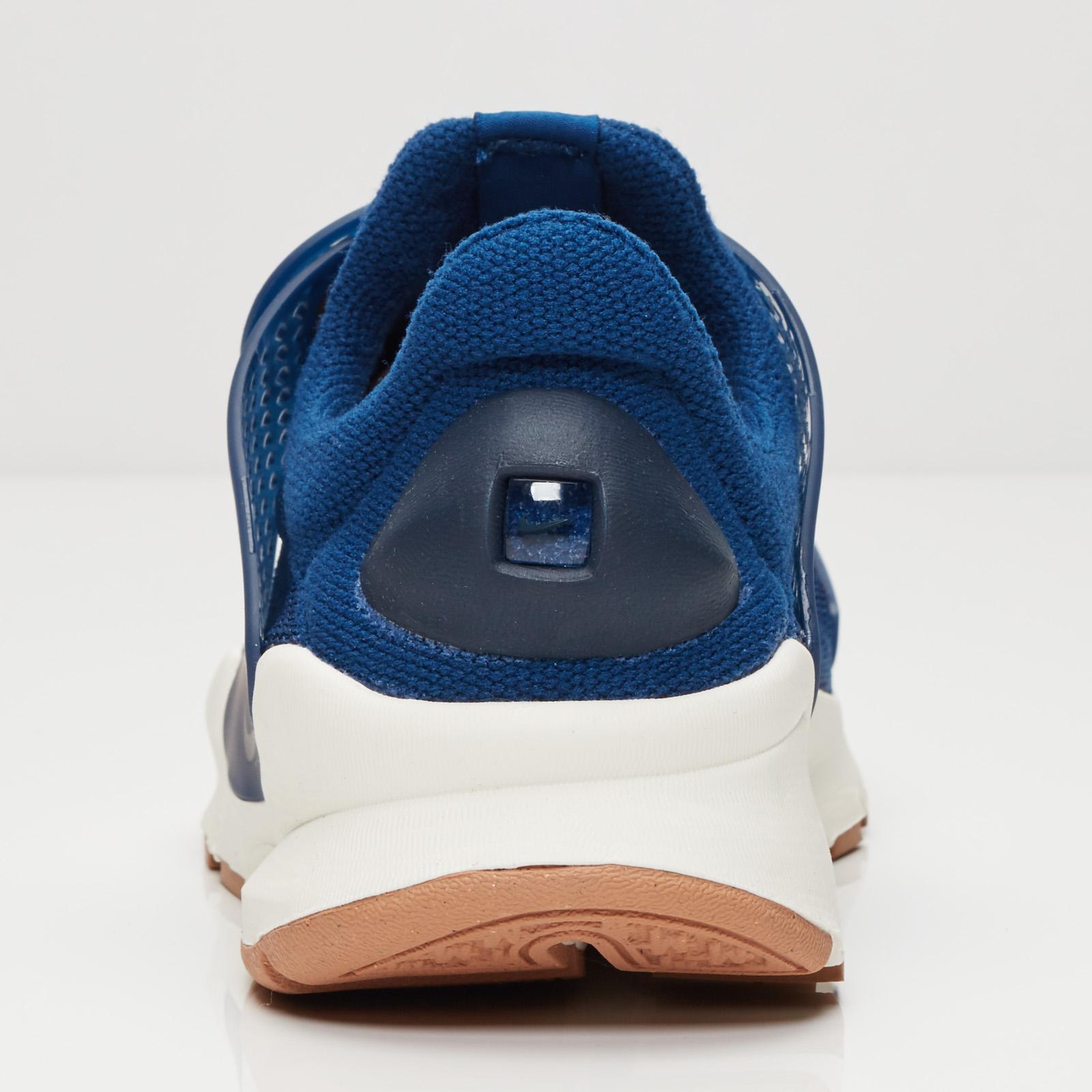 finest selection a39a2 ac28a ... Nike Wmns Sock Dart