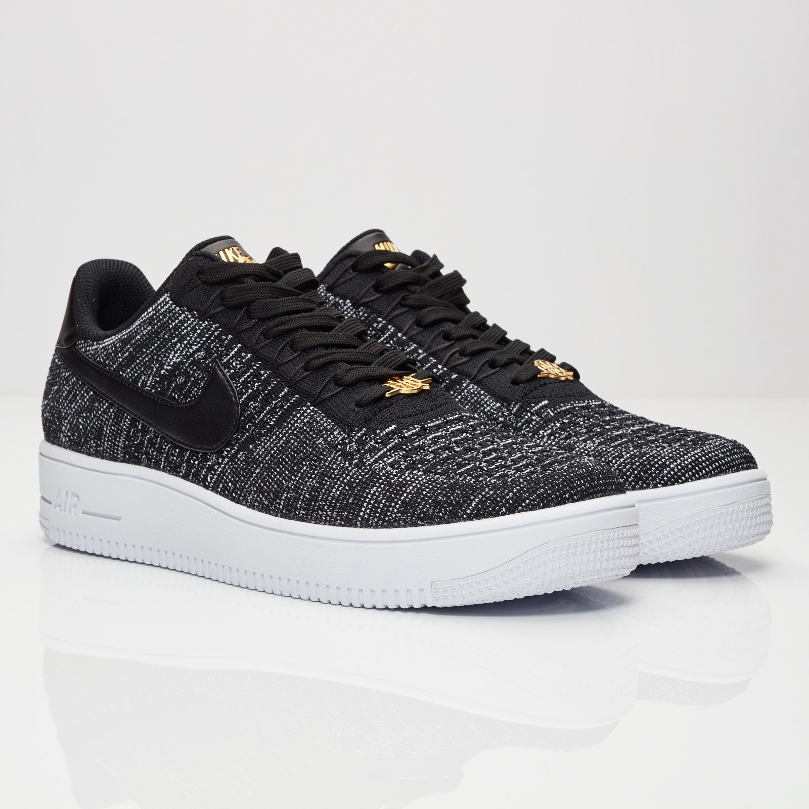 Nike Air Force 1 Low Flyknit Q54 - 853880-001 ...
