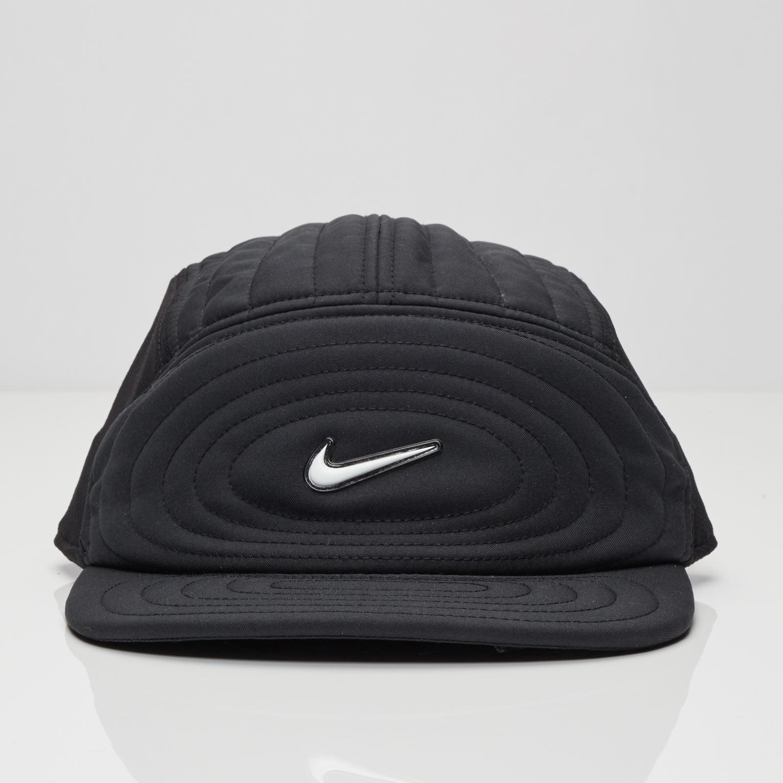 fe1fc2da870cc0 Nike S+ Cush AW84 Cap - 803723-010 - Sneakersnstuff   sneakers & streetwear  online since 1999