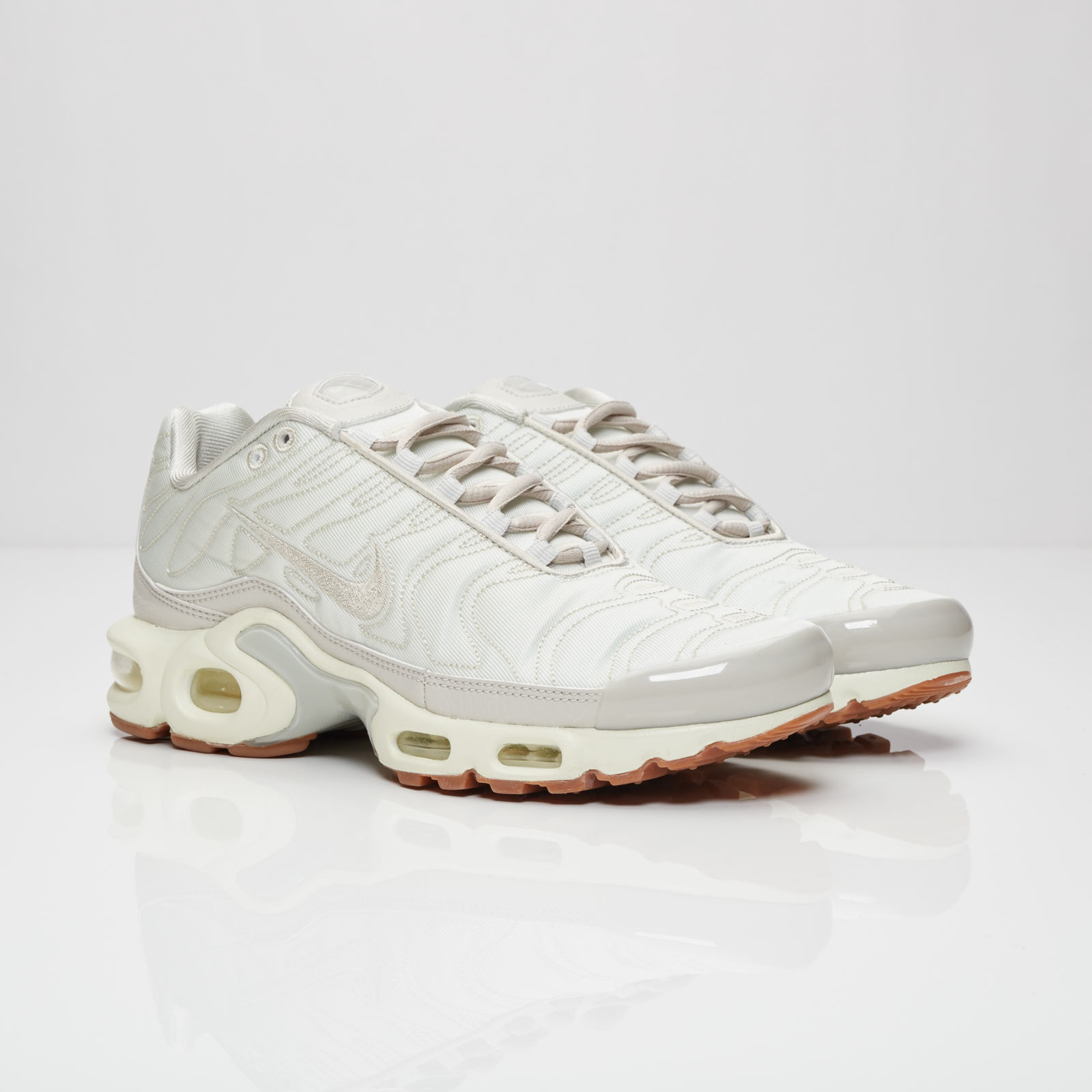 Nike Wmns Air Max Plus Premium - 848891-002 - Sneakersnstuff ... ec7623abe