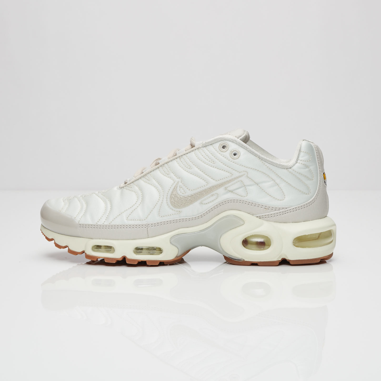 1120cd22dd Nike Wmns Air Max Plus Premium - 848891-002 - Sneakersnstuff ...