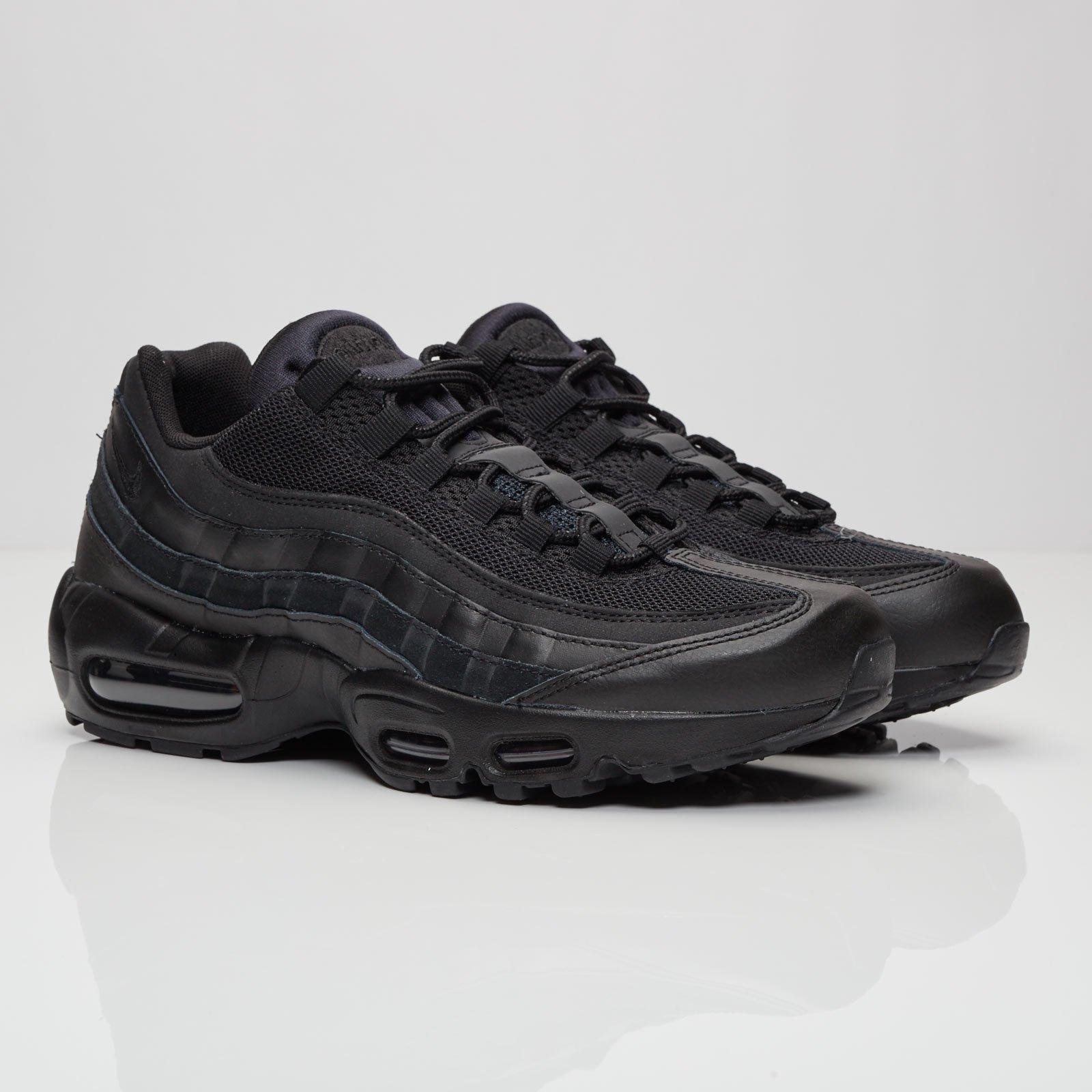 Nike Air Max 95 Essential 749766 009 Sneakersnstuff