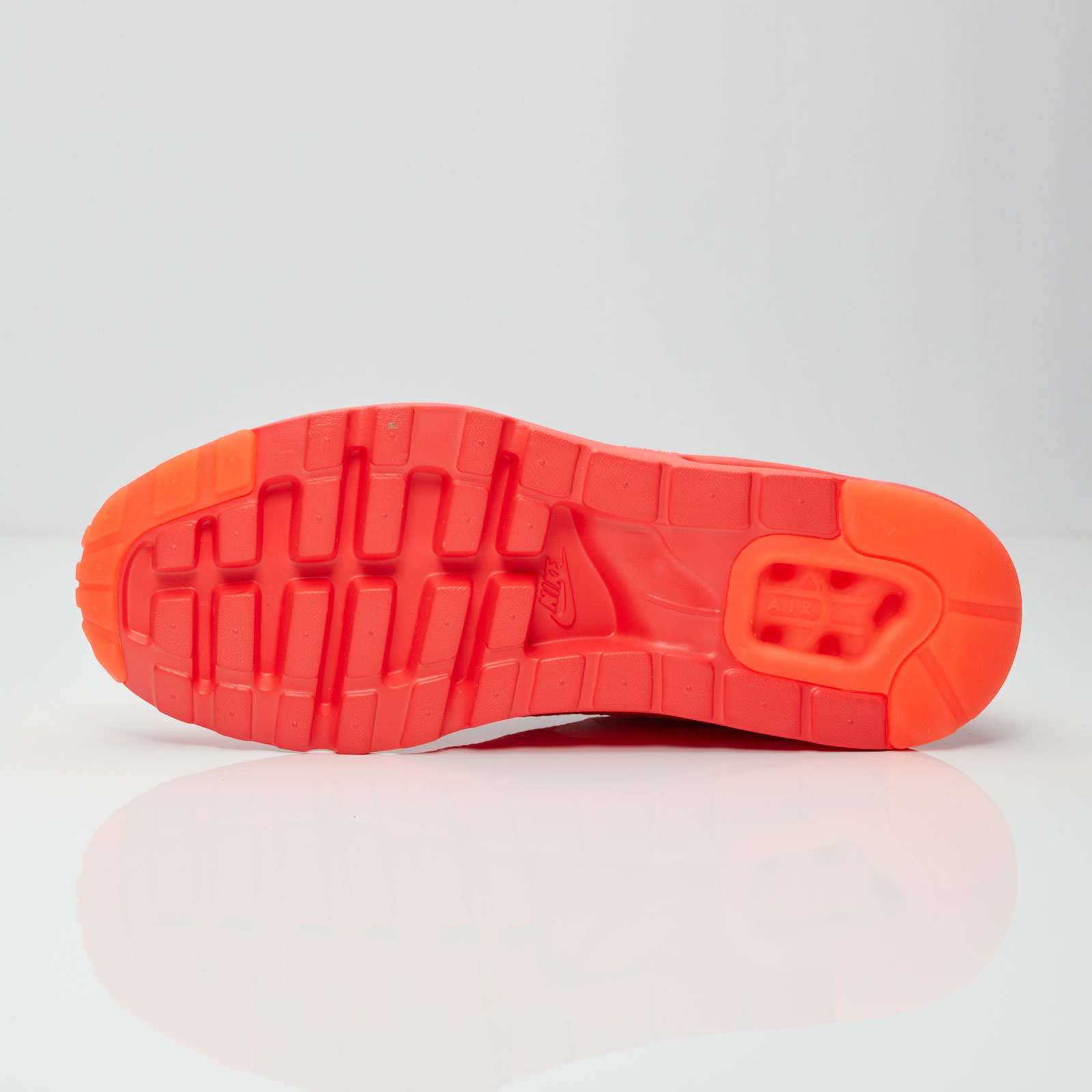 1dd3fbc99125 Nike Air Max 1 Ultra Flyknit - 843384-601 - Sneakersnstuff ...