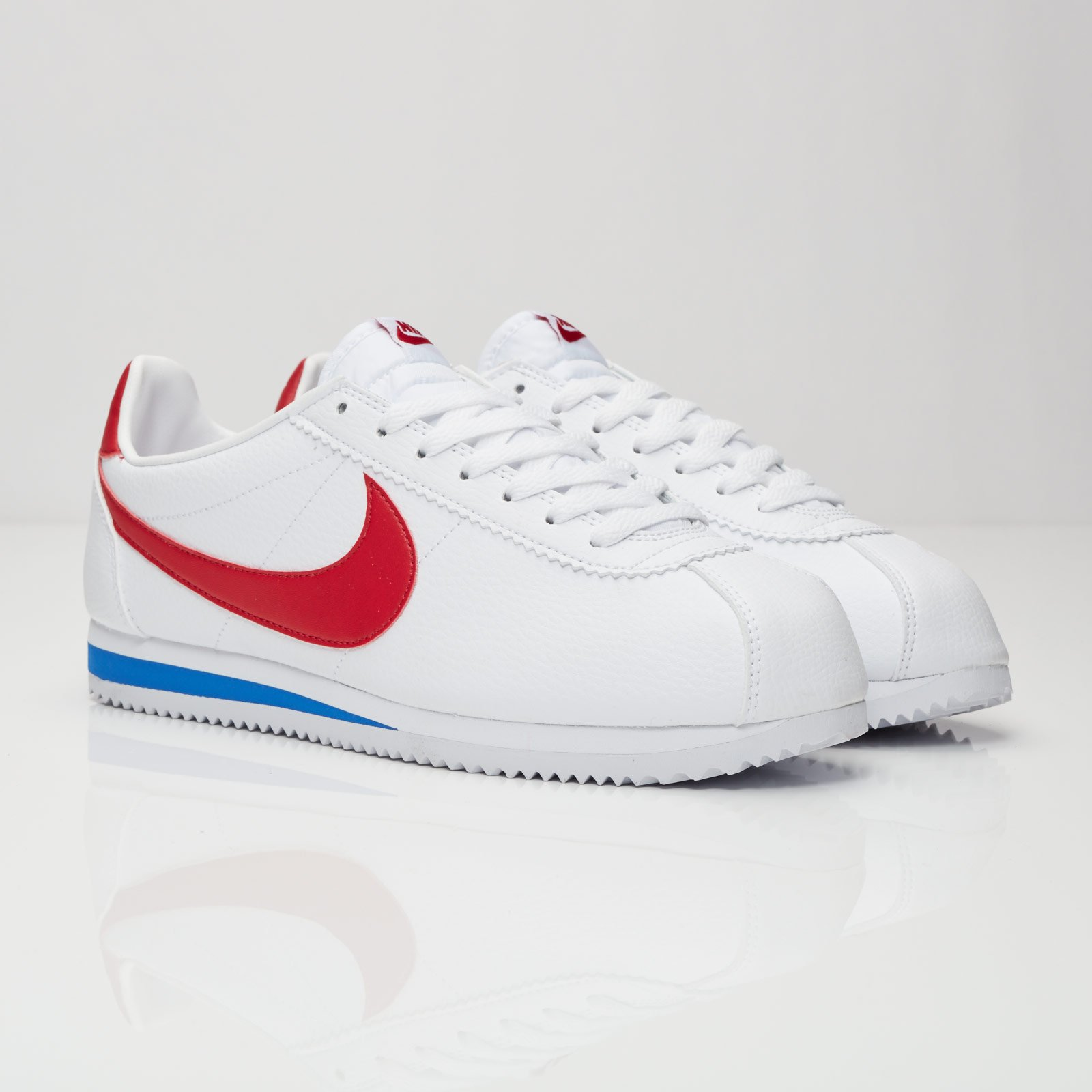sneakers for cheap 6b960 5c8d8 Nike Classic Cortez Leather - 749571-154 - Sneakersnstuff ...