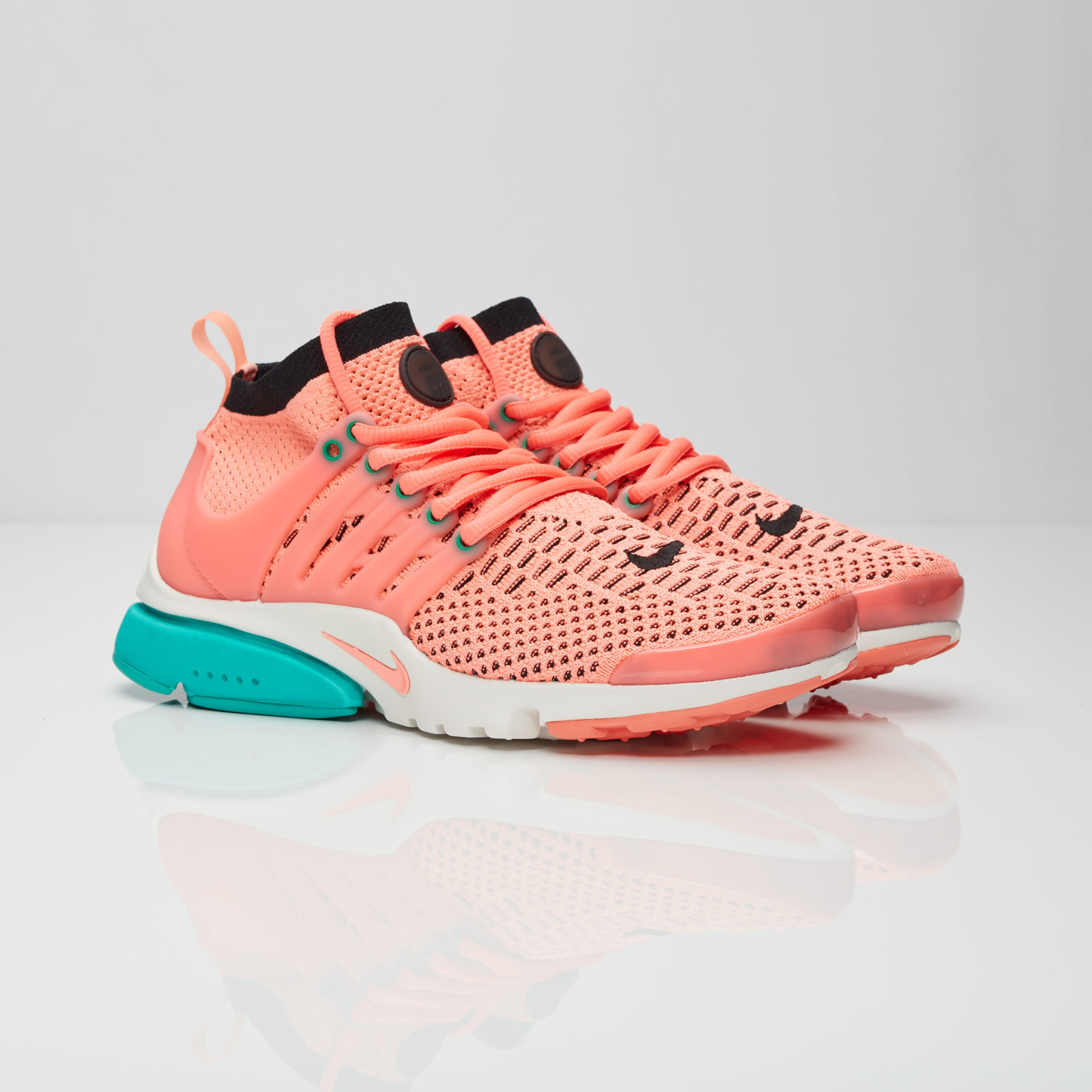 f7065aee3a79 Nike Wmns Air Presto Flyknit Ultra - 835738-600 - Sneakersnstuff ...