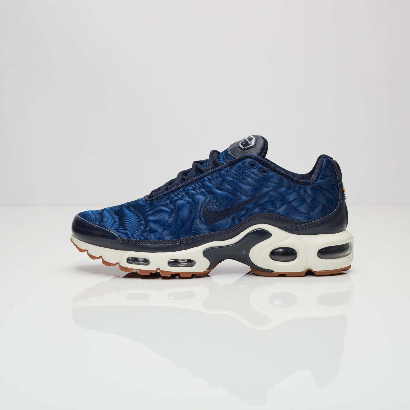 brand new a70ab 5356f Nike Wmns Air Max Plus Premium - 848891-400 - Sneakersnstuff ...