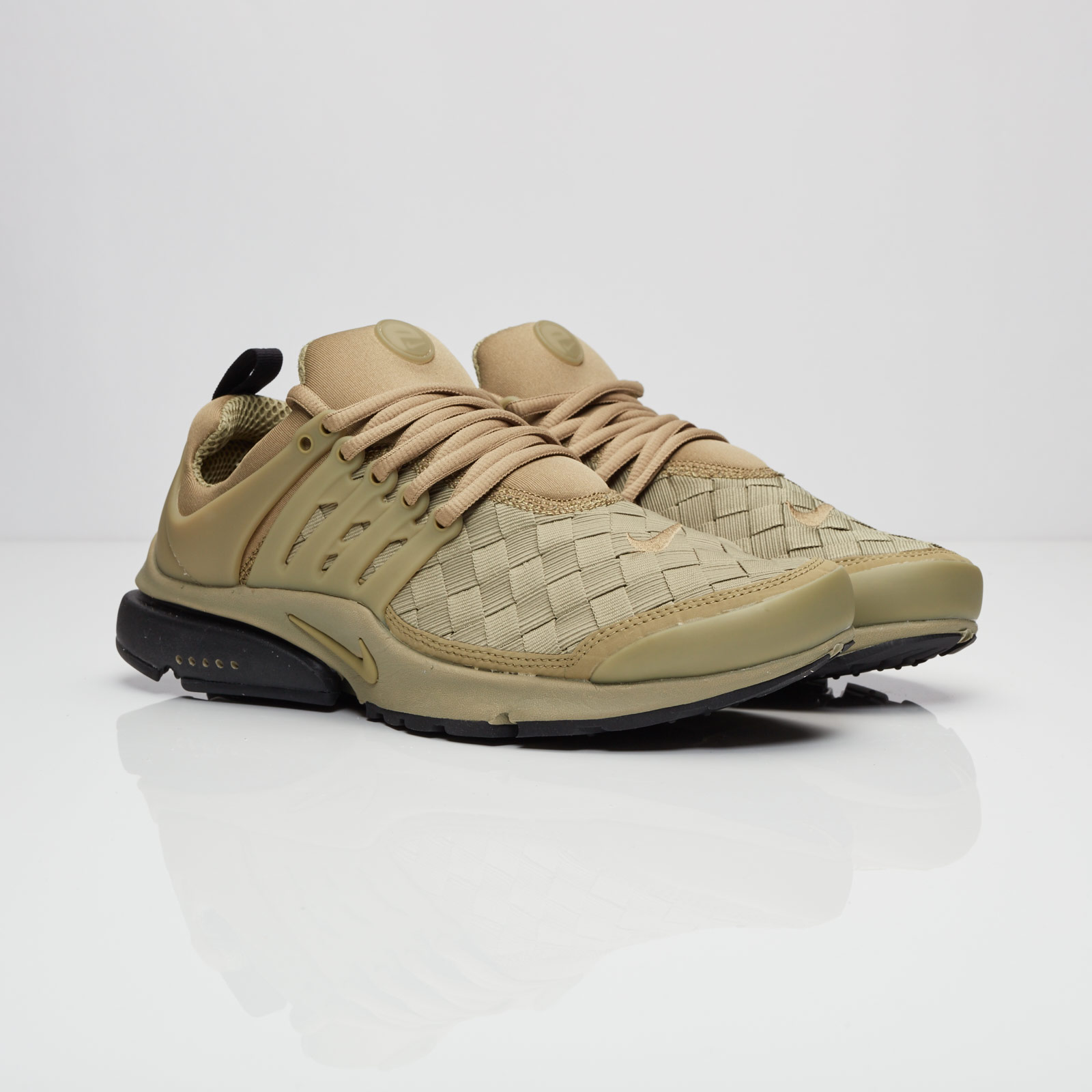 05eb67a0915b2 Nike Air Presto SE - 848186-200 - Sneakersnstuff | sneakers ...