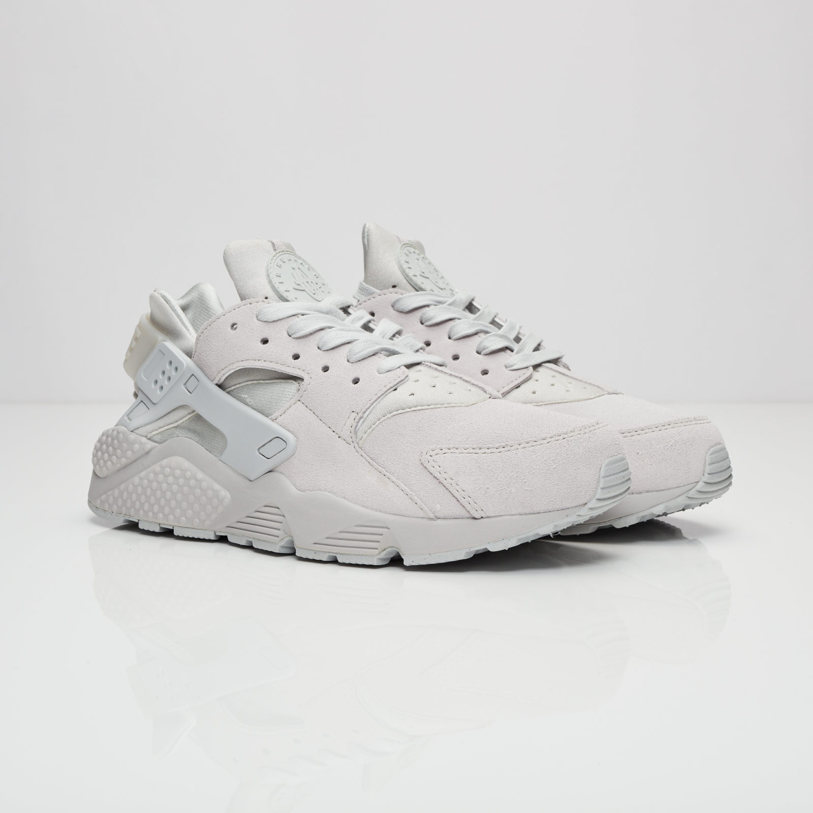 a644bf2972c2 Nike Air Huarache Run Premium - 704830-005 - Sneakersnstuff ...