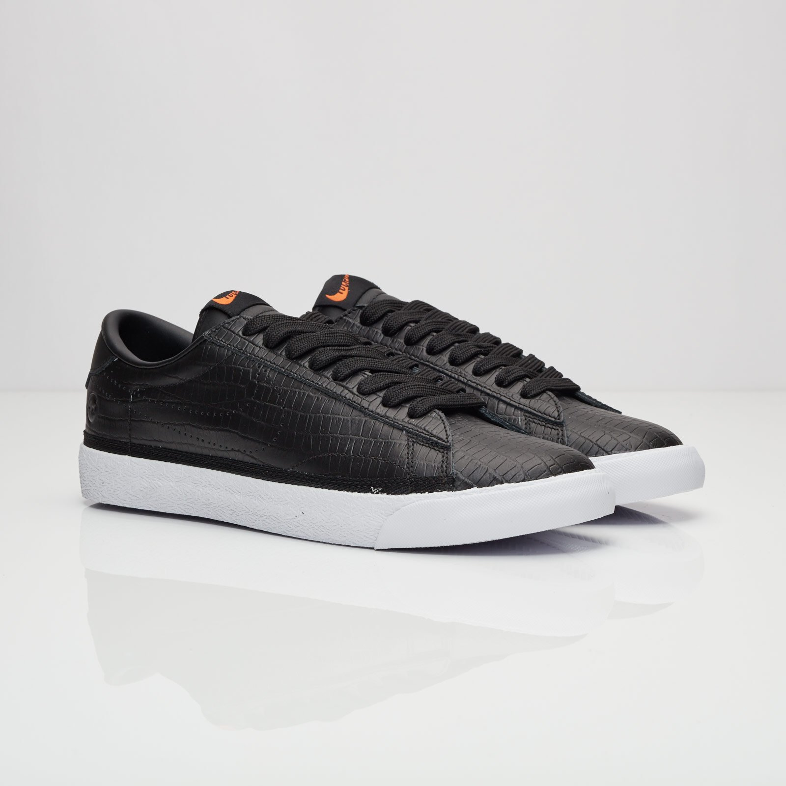 Nike Air Zoom Tennis Classic AC   Fragment - 857953-001 ... 0a7cf57f2
