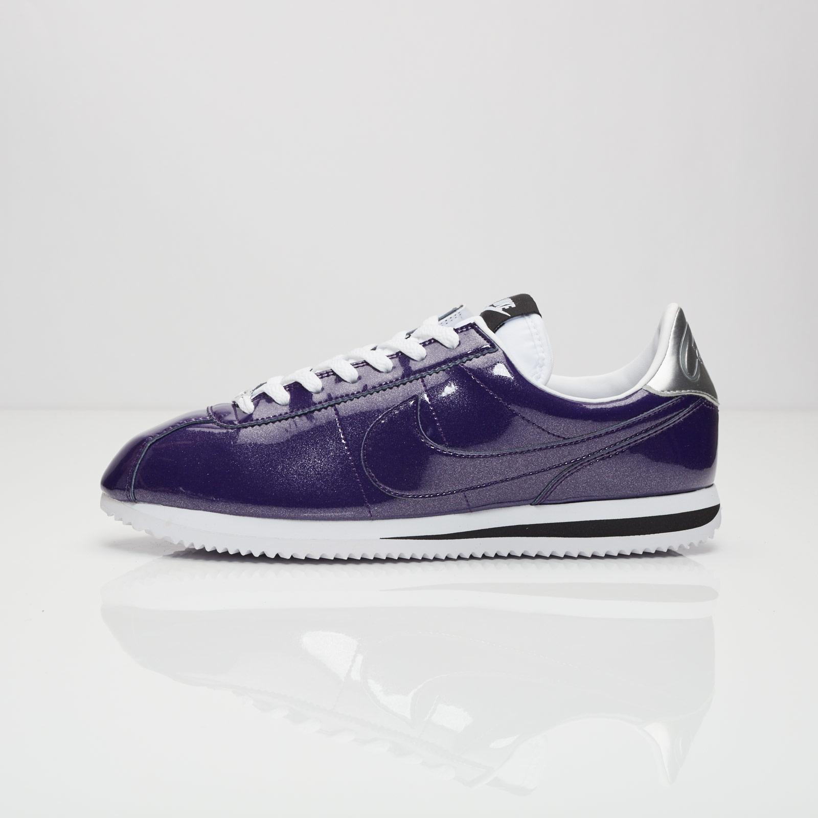 big sale f71a1 10fcf Nike Cortez Basic Premium QS - 819721-500 - Sneakersnstuff   sneakers    streetwear på nätet sen 1999