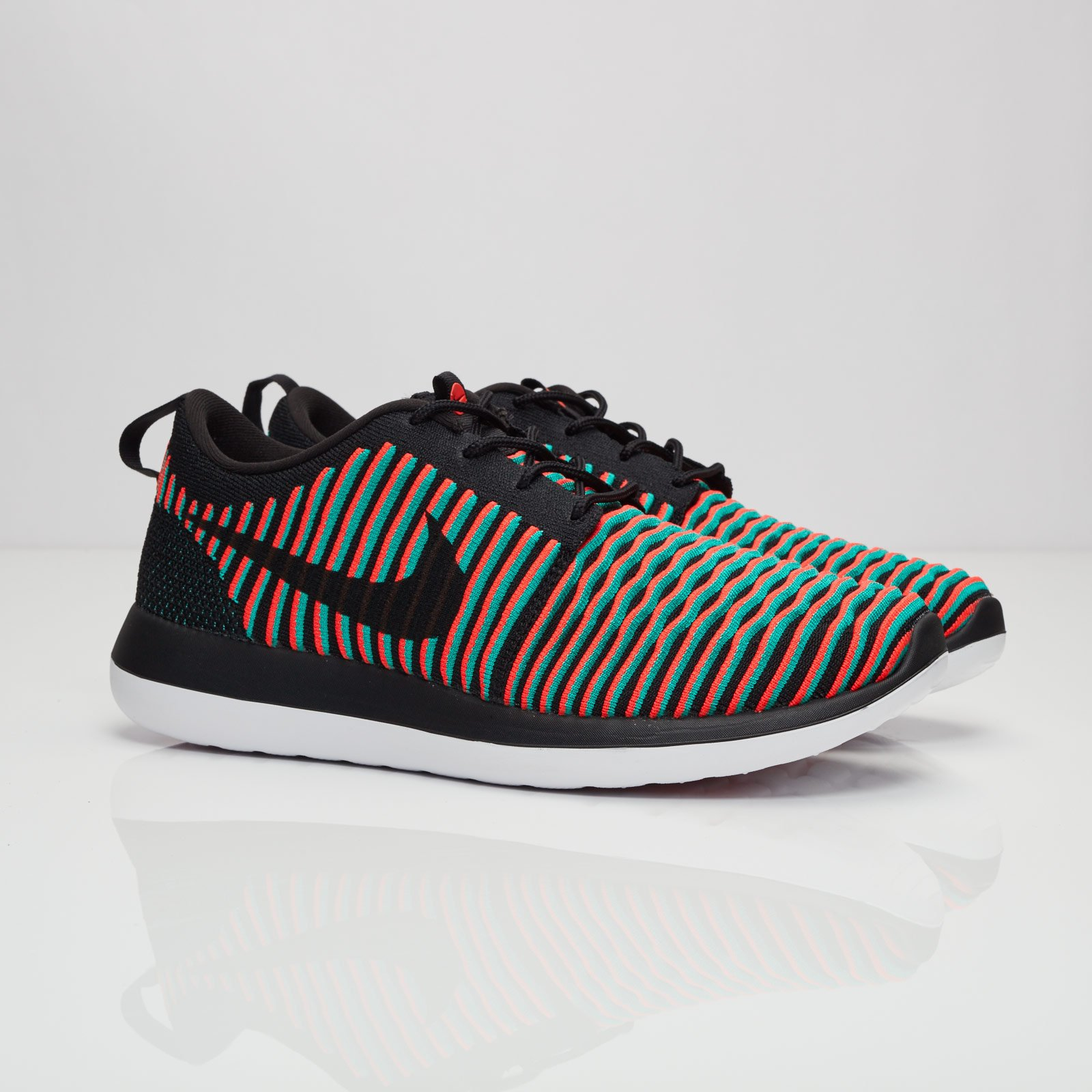 new style 84fb3 30e13 Nike Roshe Two Flyknit