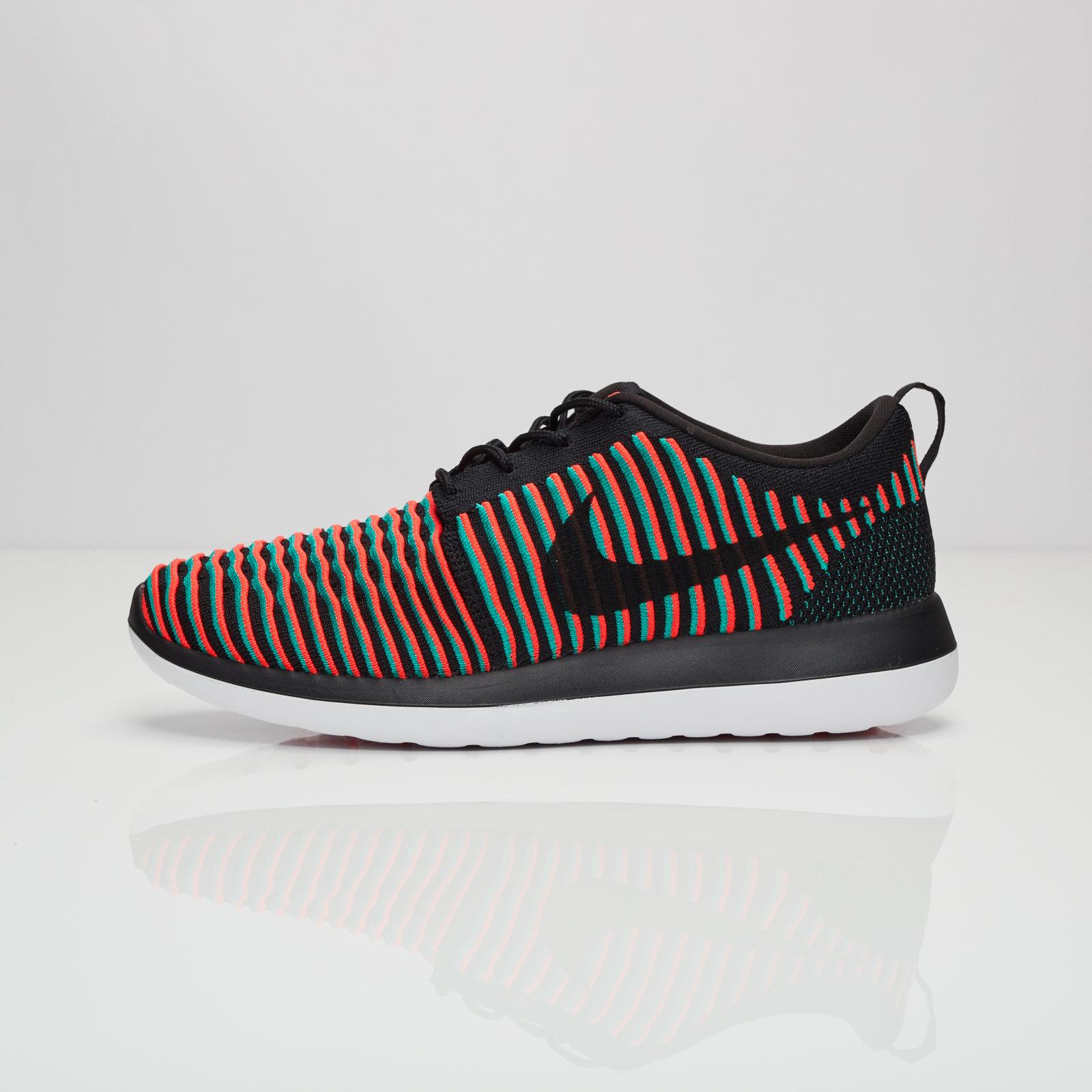 3faa2863c134 Nike Roshe Two Flyknit - 844833-003 - Sneakersnstuff