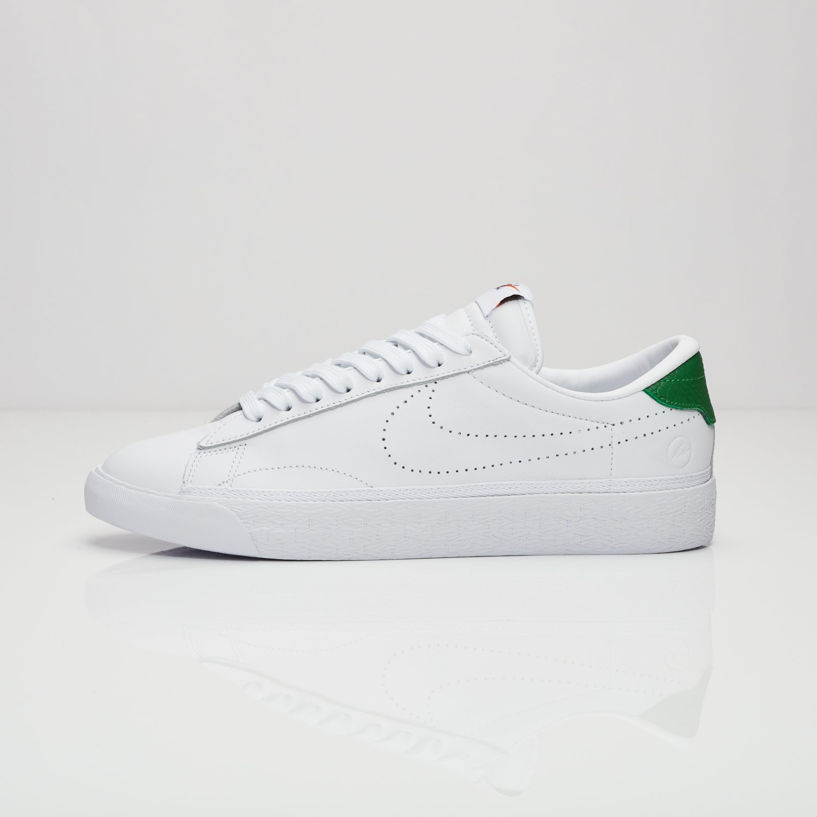 new product 03f1e 3b5f1 Nike Air Zoom Tennis Classic AC   Fragment - 857953-113 - Sneakersnstuff    sneakers   streetwear online since 1999