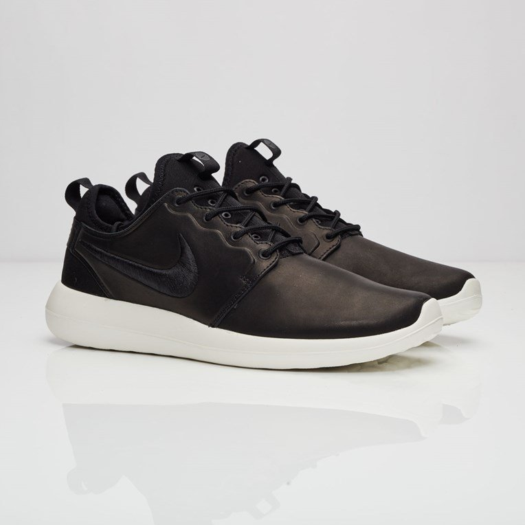 new product 41ad7 40108 Nike Roshe Two Leather Premium
