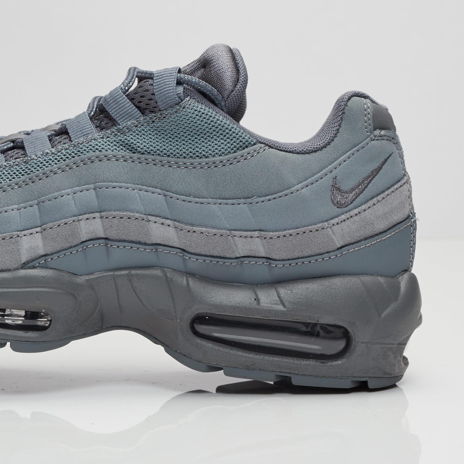 timeless design 50089 20eff Nike Air Max 95 Essential - 749766-012 - Sneakersnstuff   sneakers    streetwear online since 1999