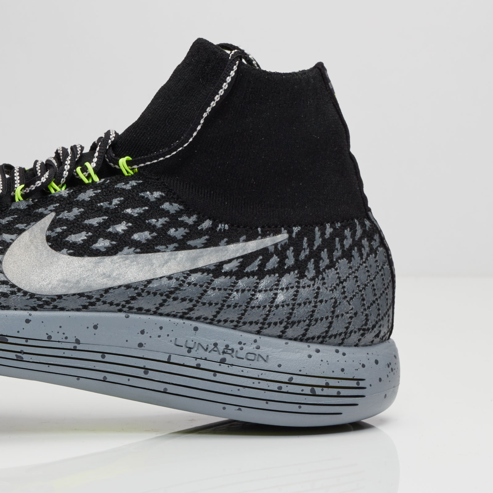 c178259305ae4 Nike Wmns Lunarepic Flyknit SH - 849665-001 - Sneakersnstuff ...