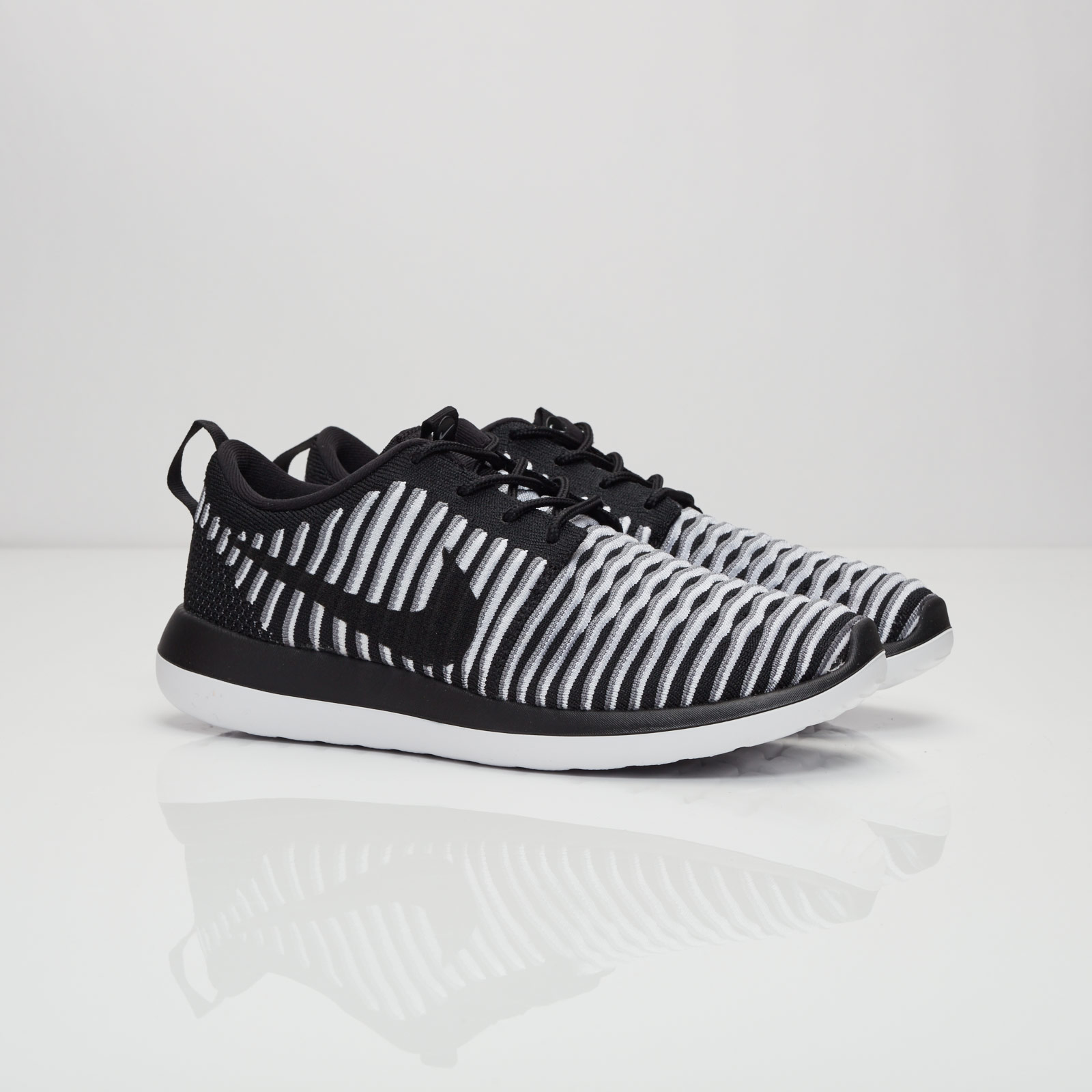 save off 2df3c e80f9 Nike Wmns Roshe Two Flyknit