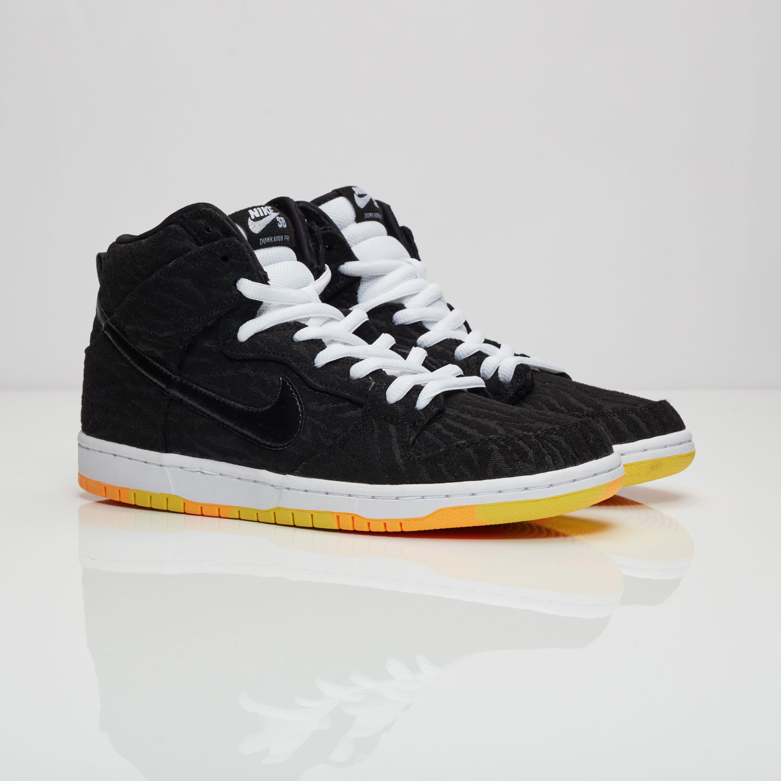 finest selection 38808 e71b0 Nike Dunk High Pro SB