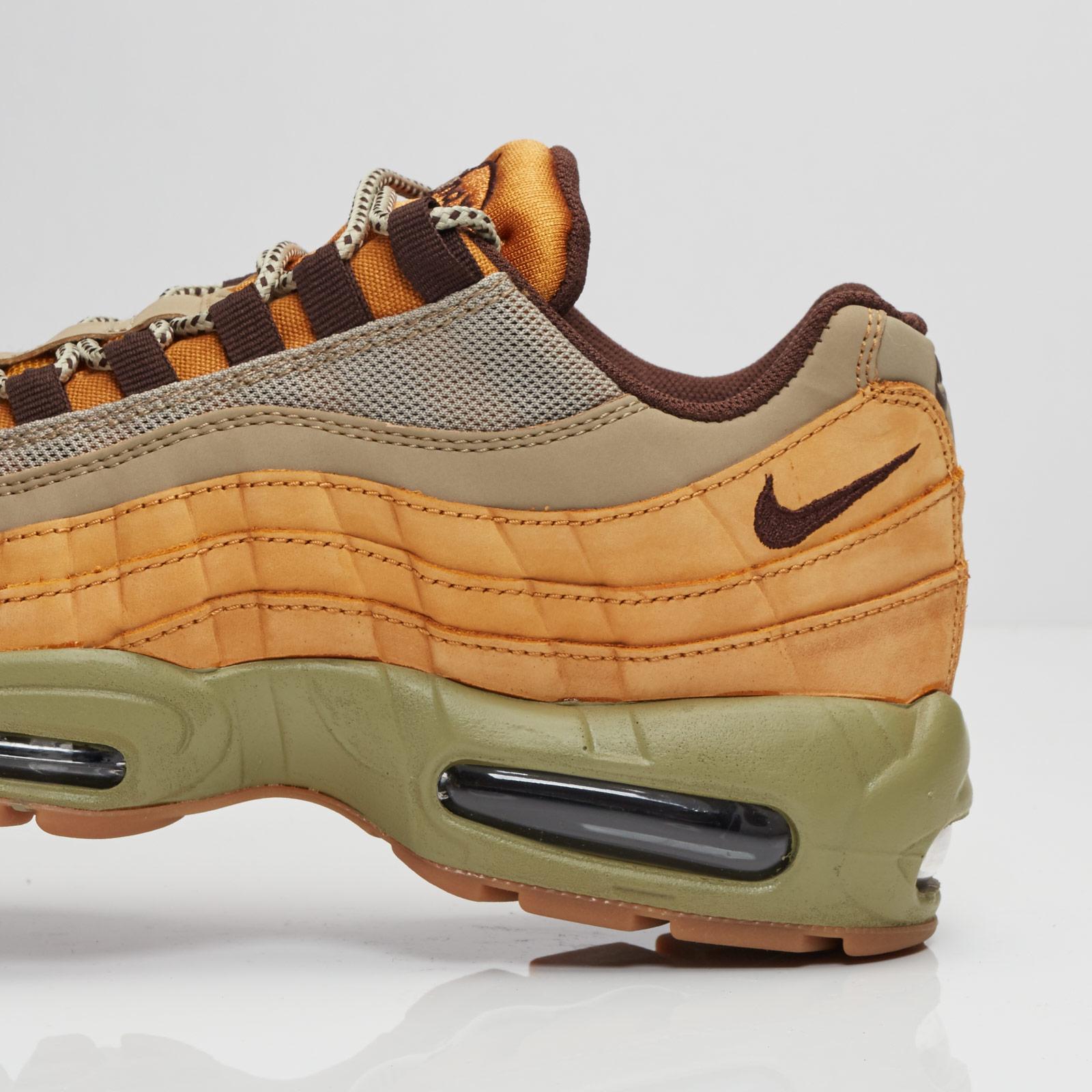 buy popular e4b85 8d8eb Nike Air Max 95 Premium - 538416-700 - Sneakersnstuff   sneakers   streetwear  online since 1999