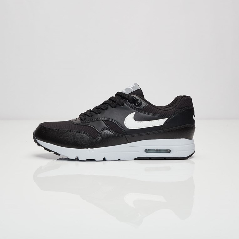 Nike Air Max 1 Ultra Essential - 3