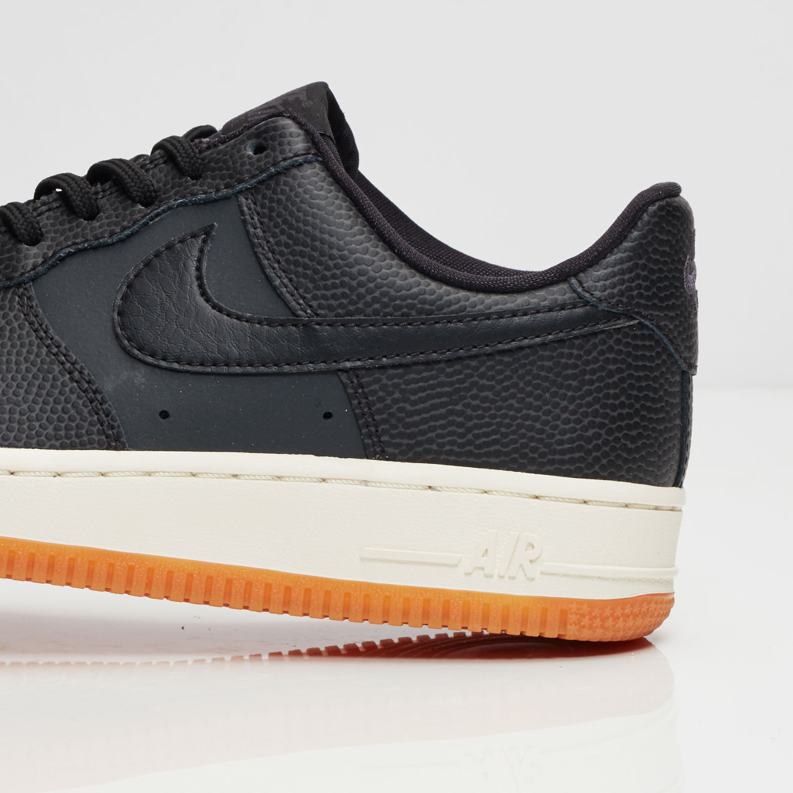 nike wmns air force 1 ´07 seasonal 818594 003 if you´re into