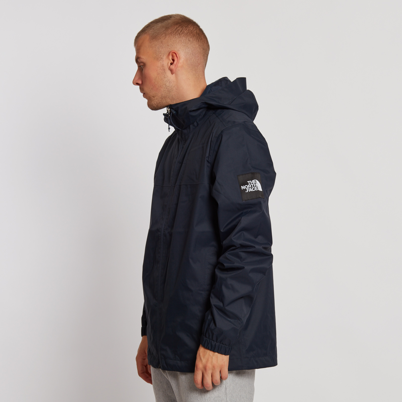f0ce83006 The North Face Mountain Quest Jacket - T0cr3qh2g - Sneakersnstuff ...