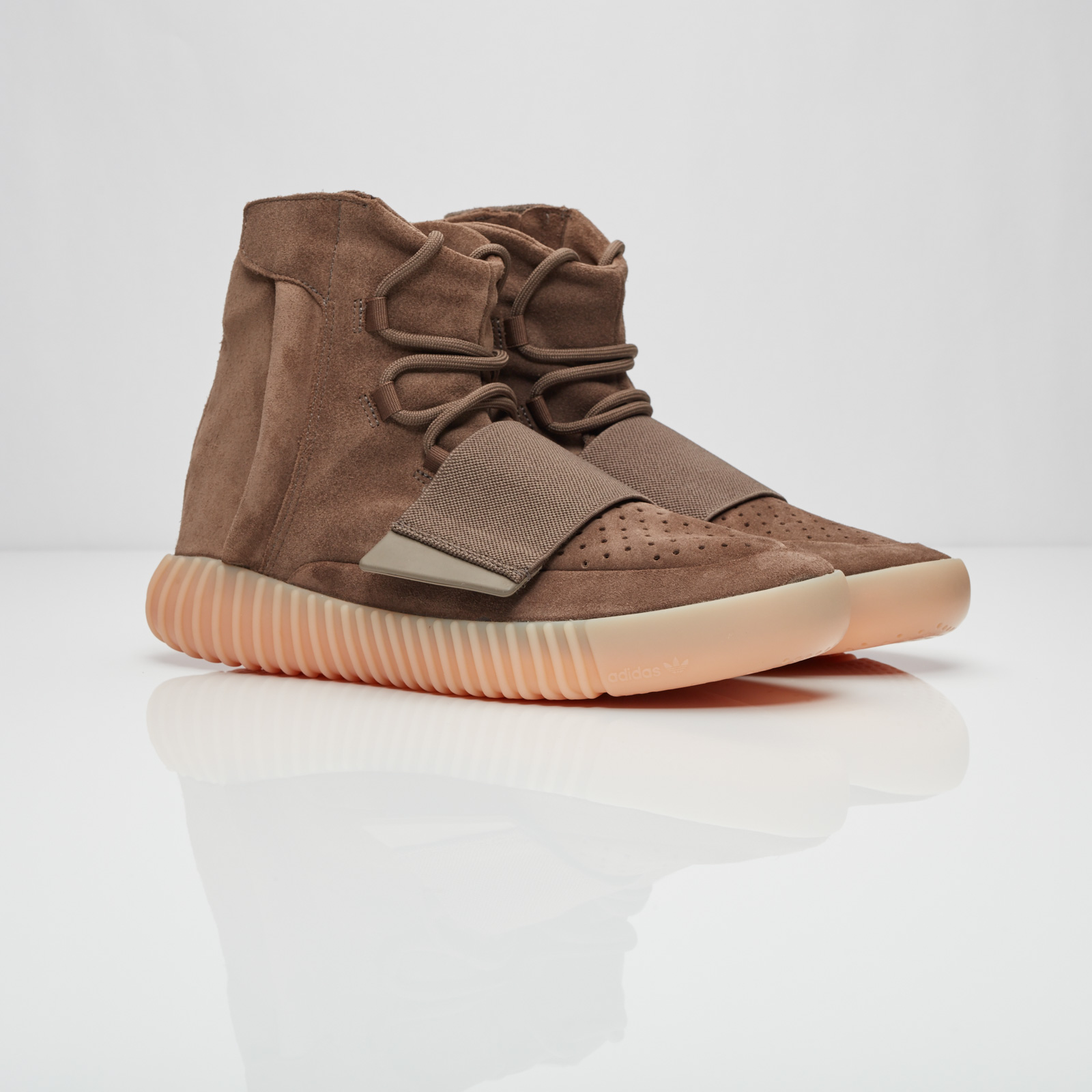 the latest 430c6 d67f0 adidas Originals x Kanye West Yeezy Boost 750