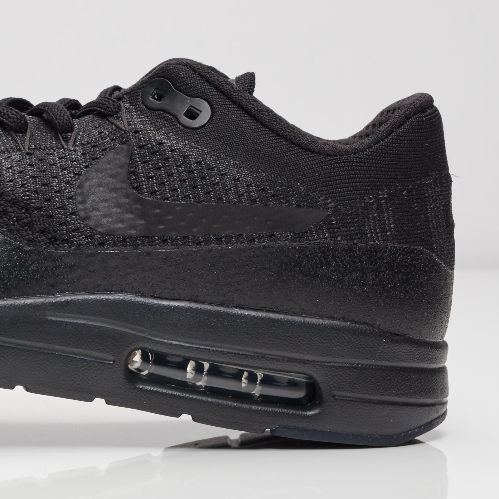 2b6bea07422 Nike Air Max 1 Ultra Flyknit - 856958-001 - Sneakersnstuff ...