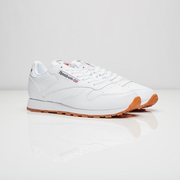 65ddf6290 Reebok Classic Leather - 49799 - Sneakersnstuff   sneakers ...