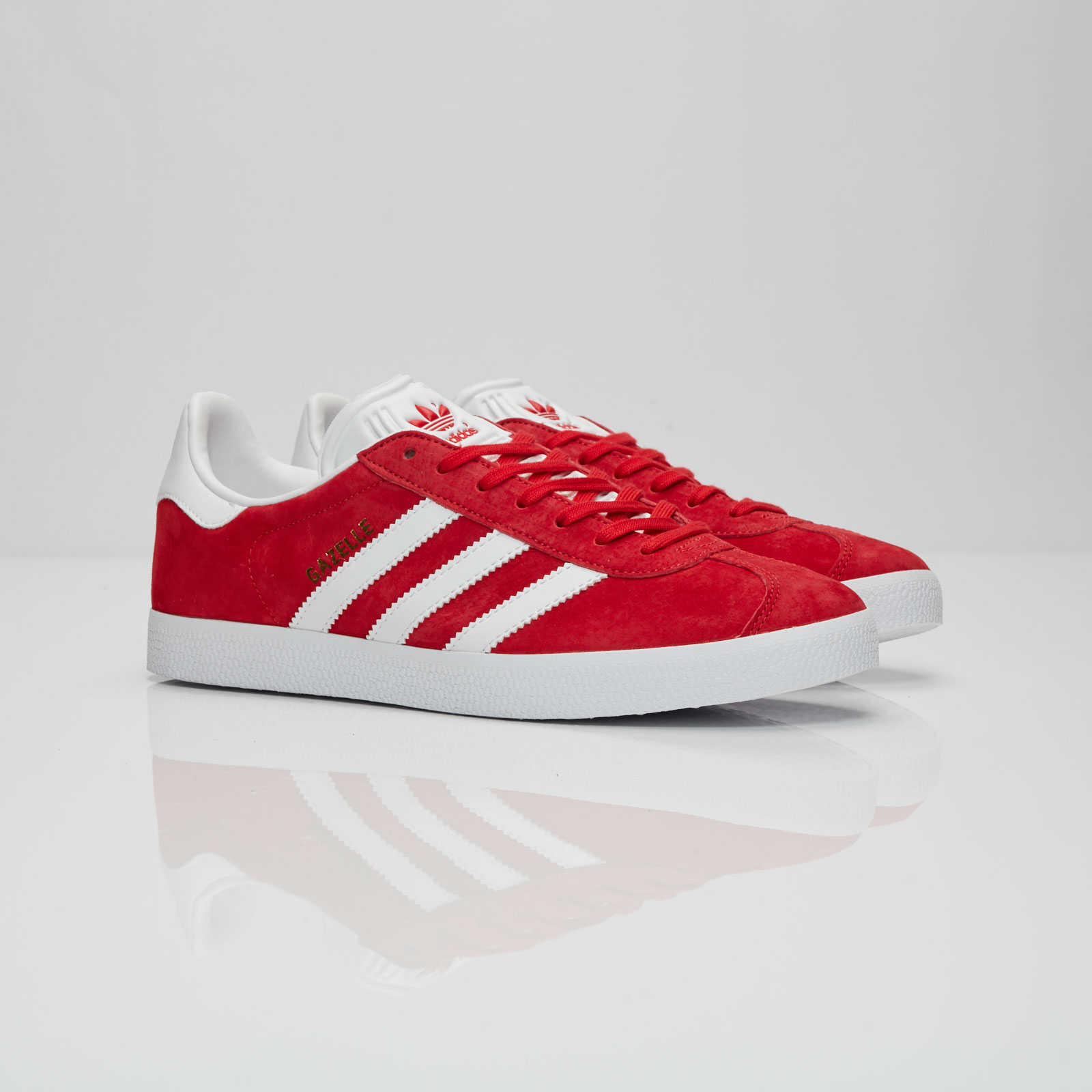 low priced d5563 7434b adidas Gazelle - S76228 - Sneakersnstuff  sneakers  streetwe