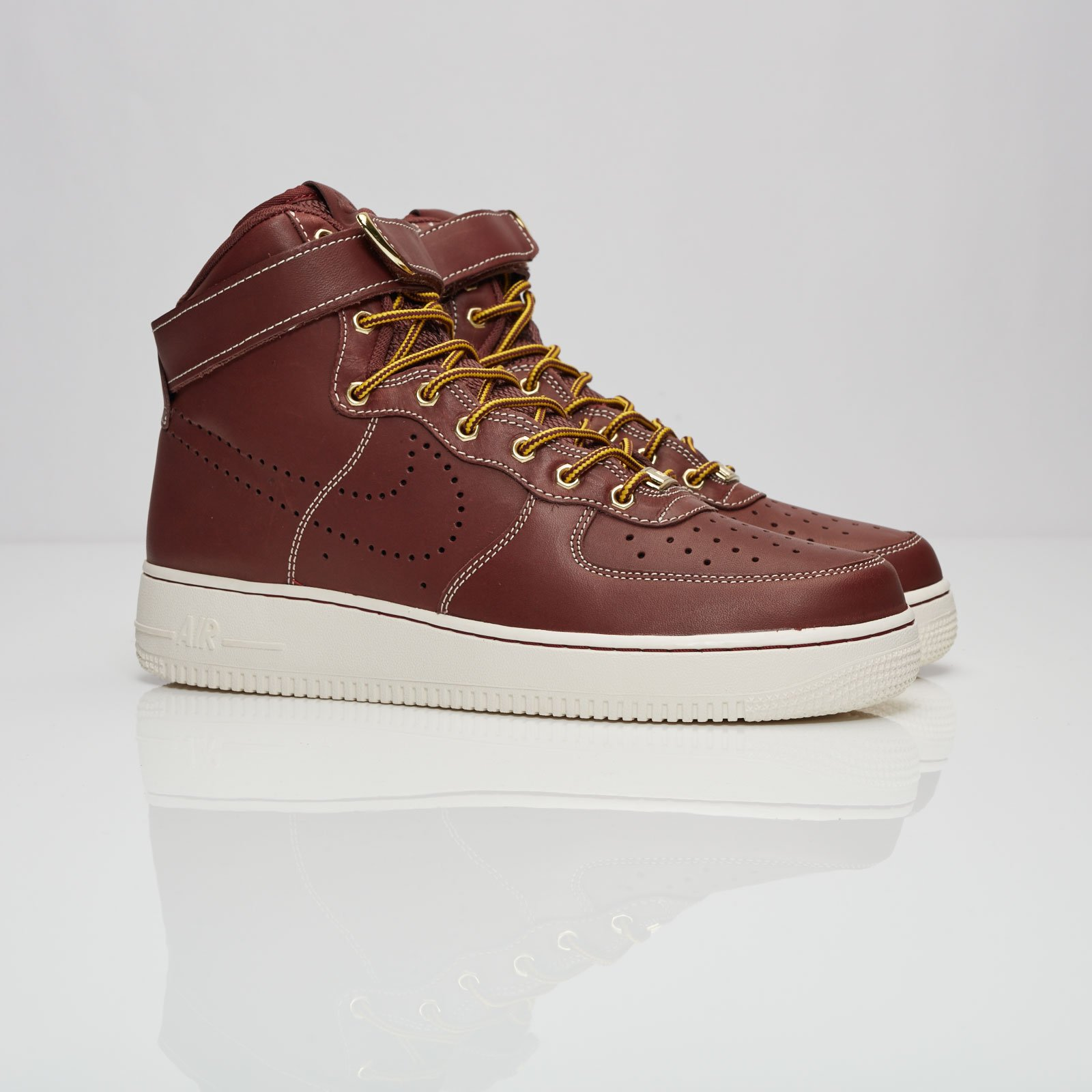 14b1a3fcc72300 Nike Air Force 1 Hi 08 Lv8 WB - 882096-600 - Sneakersnstuff ...