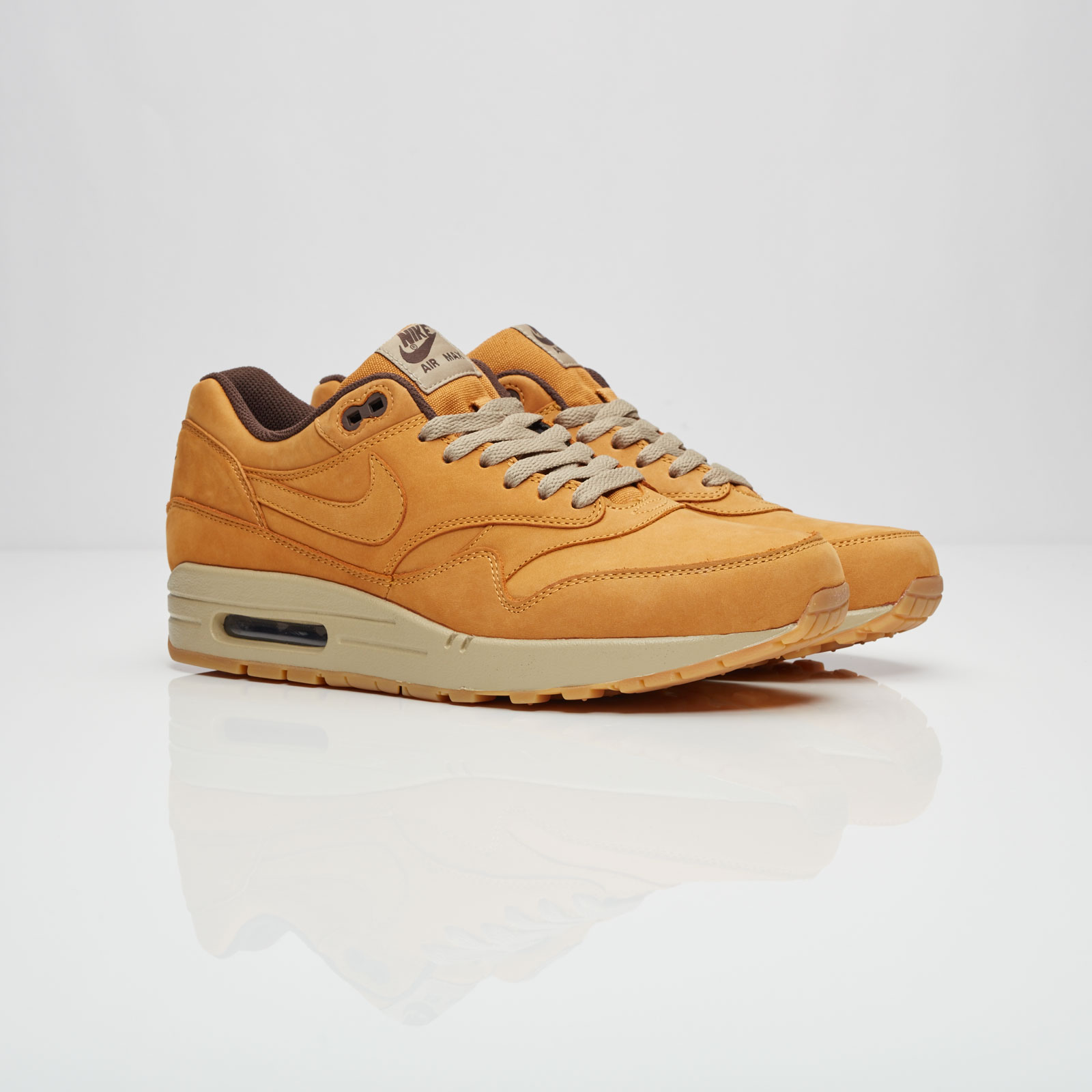 62cf37e2c32dbf Nike Air Max 1 Leather Premium - 705282-700 - Sneakersnstuff ...