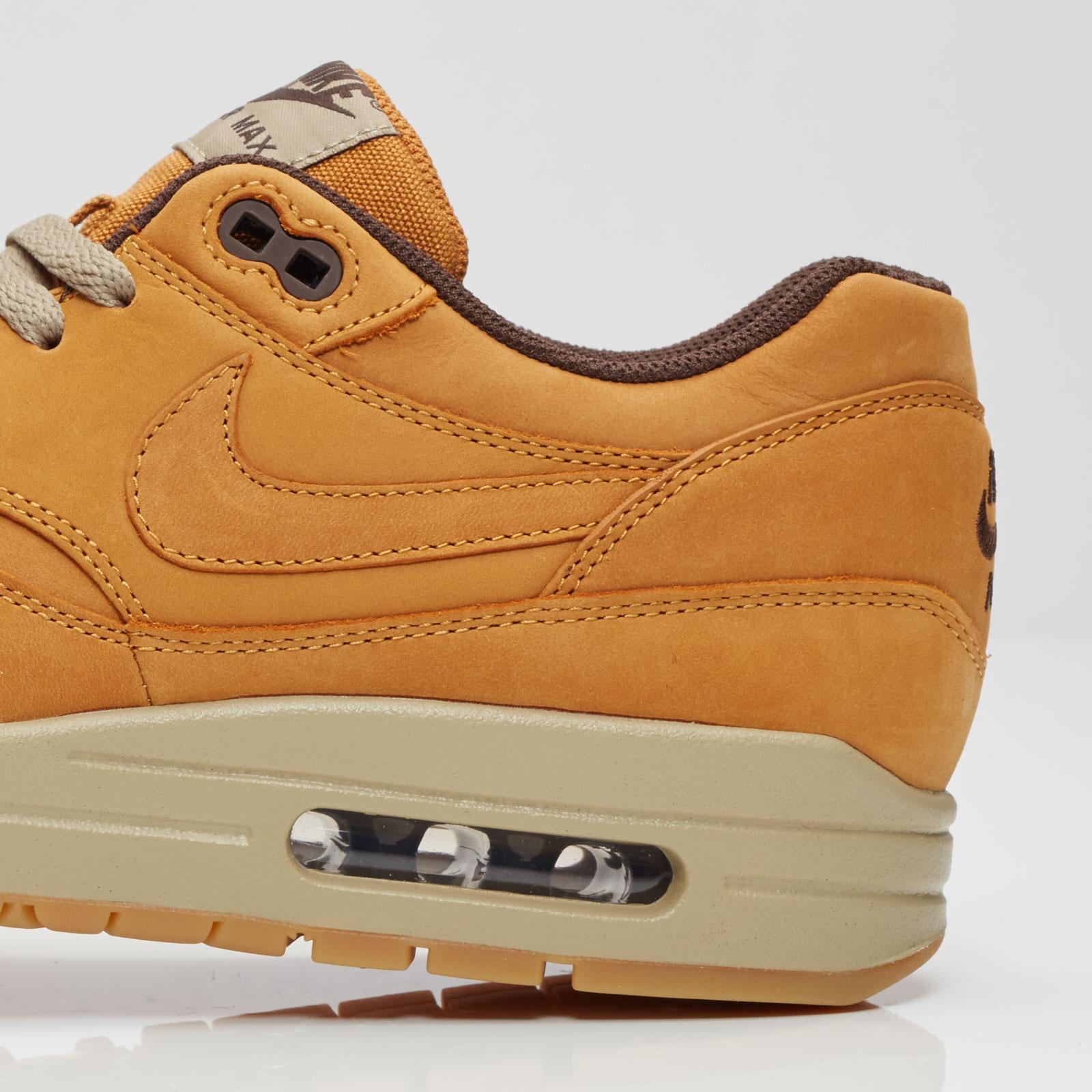 sports shoes 1a937 5e9ba ... Nike Air Max 1 Leather Premium