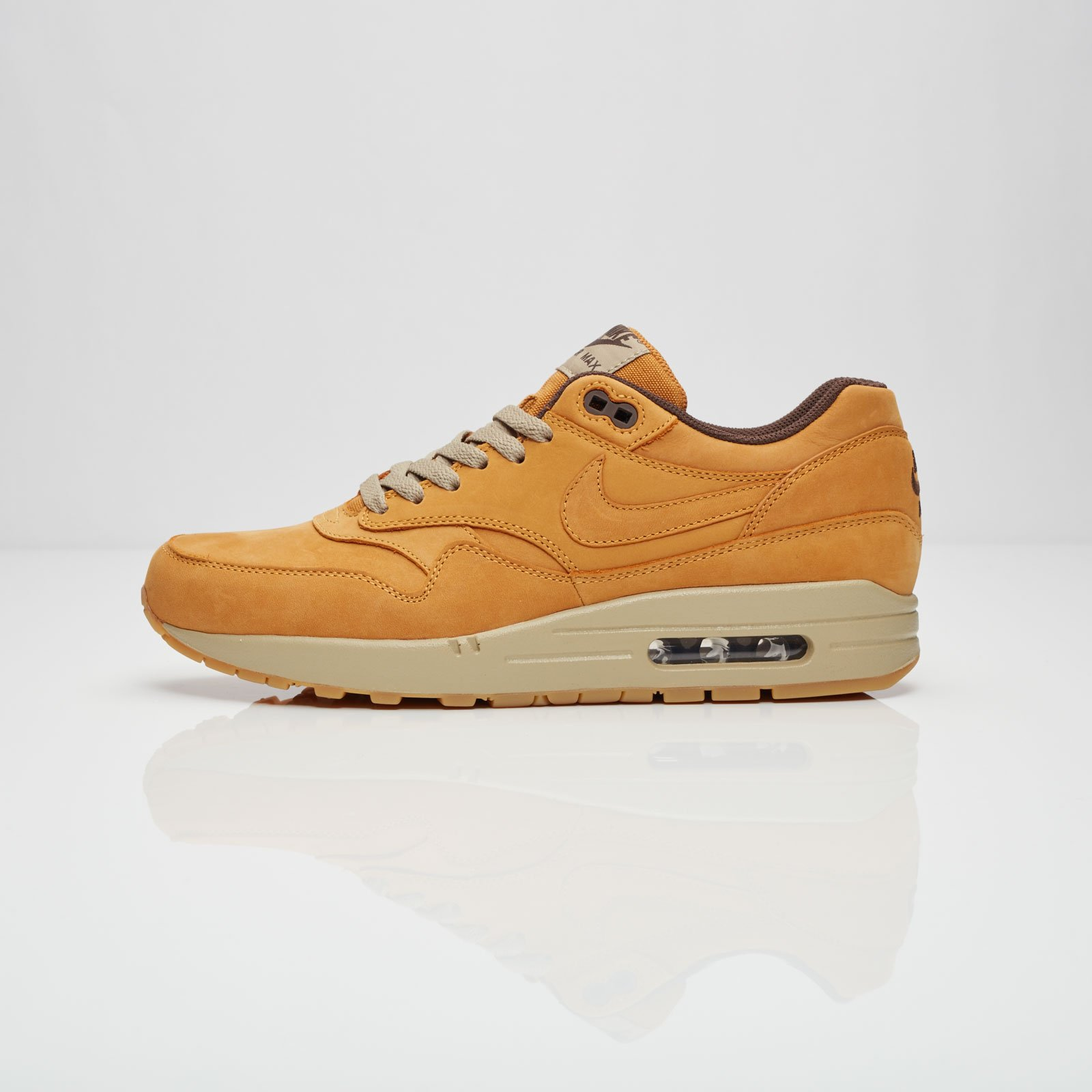 the latest c5819 35e16 Nike Air Max 1 Leather Premium - 705282-700 - Sneakersnstuff   sneakers    streetwear online since 1999