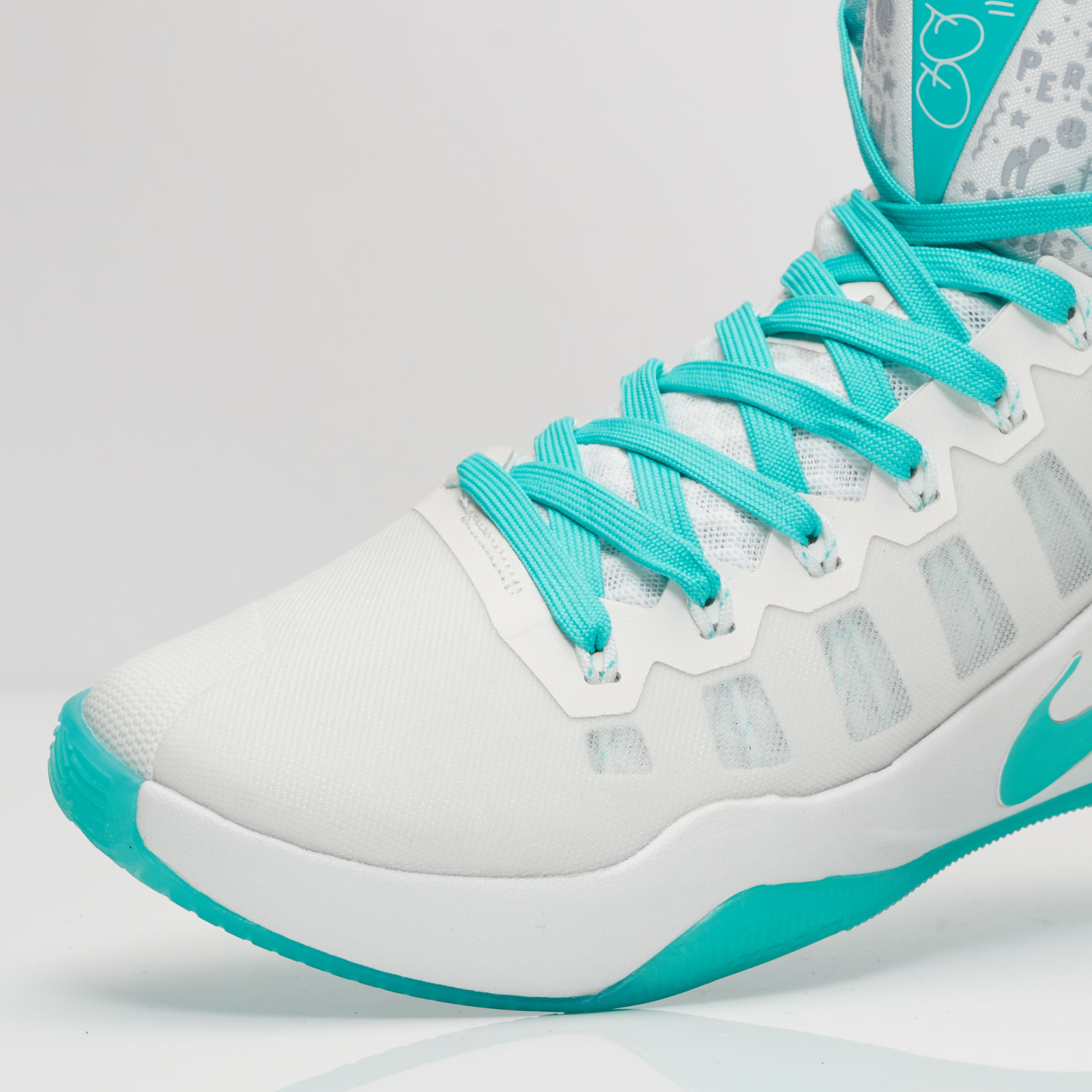 7e402c305f0 Nike Hyperdunk 2016 Limited Edition - 869484-999 - Sneakersnstuff ...