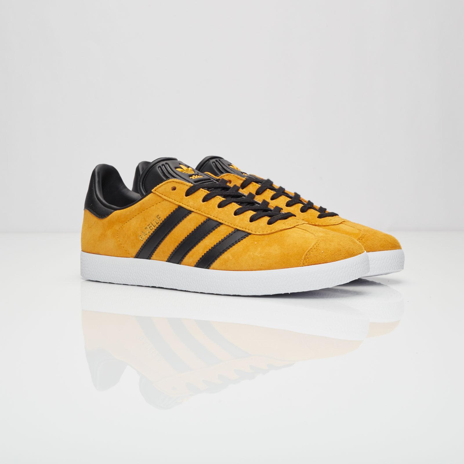 new product 39539 8140d adidas Gazelle - S79979 - Sneakersnstuff  sneakers  streetwe