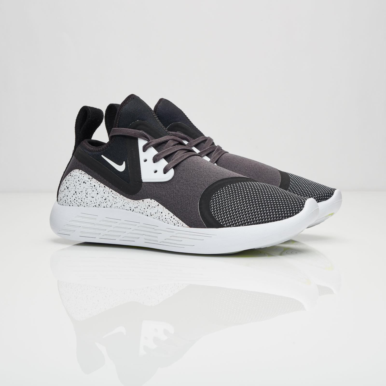 Nike Lunarcharge Premium LE - 923284-999 - Sneakersnstuff  1571a939b