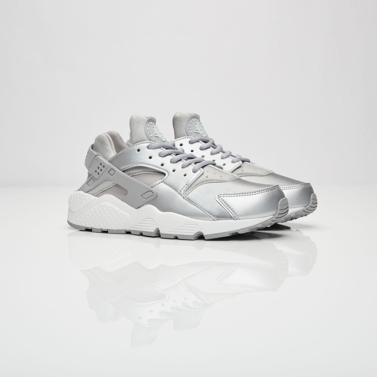 2f5c5347a05f1 Nike Wmns Air Huarache Run SE - 859429-002 - Sneakersnstuff ...