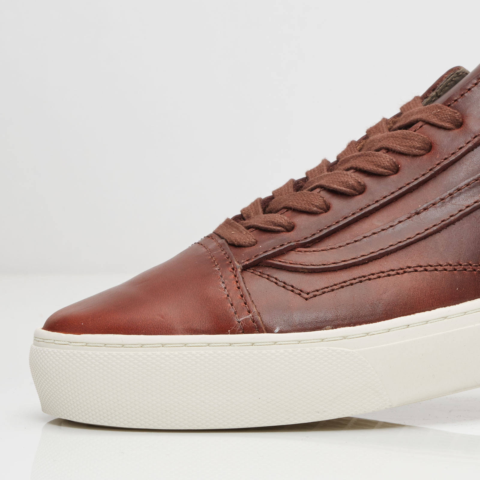 d2d0e83b5c4d8a Vans Ua Old Skool Cup Lx (Horween) - Va2y2xkc5 - Sneakersnstuff ...