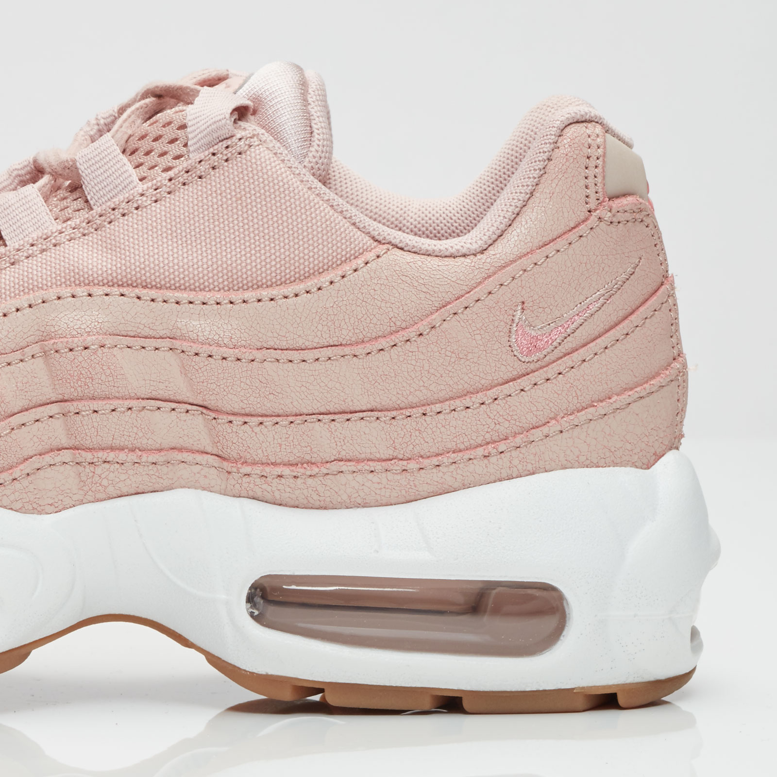 size 40 28df2 251fa Nike Wmns Air Max 95 Premium - 807443-600 - Sneakersnstuff   sneakers    streetwear online since 1999