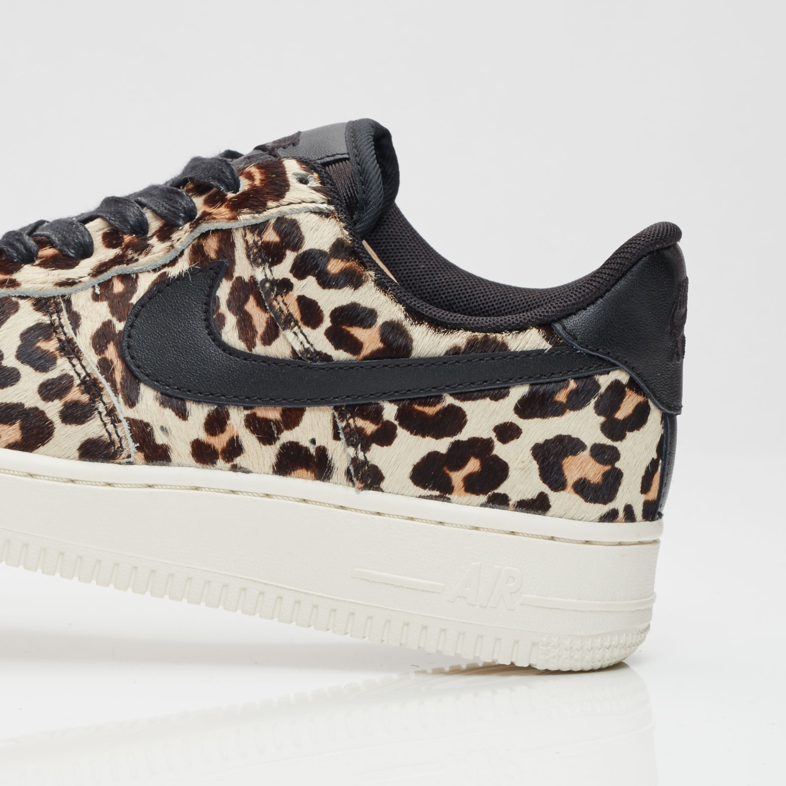 Nike Wmns Air Force 1 07 Lx 898889 004 Sneakersnstuff