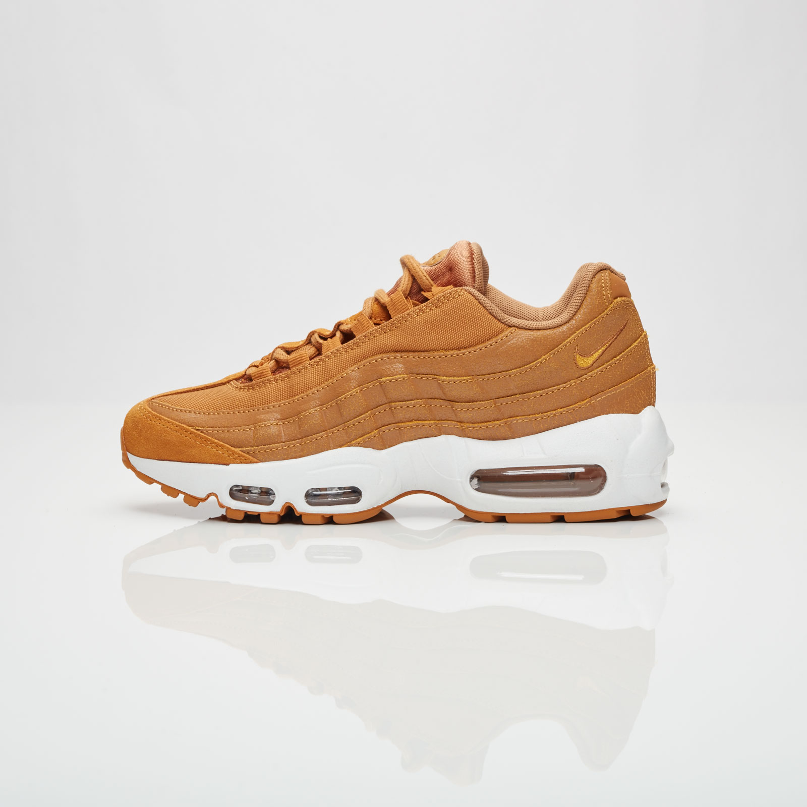 new arrival b08a9 e3acf Nike Wmns Air Max 95 Premium - 807443-700 - Sneakersnstuff   sneakers    streetwear online since 1999