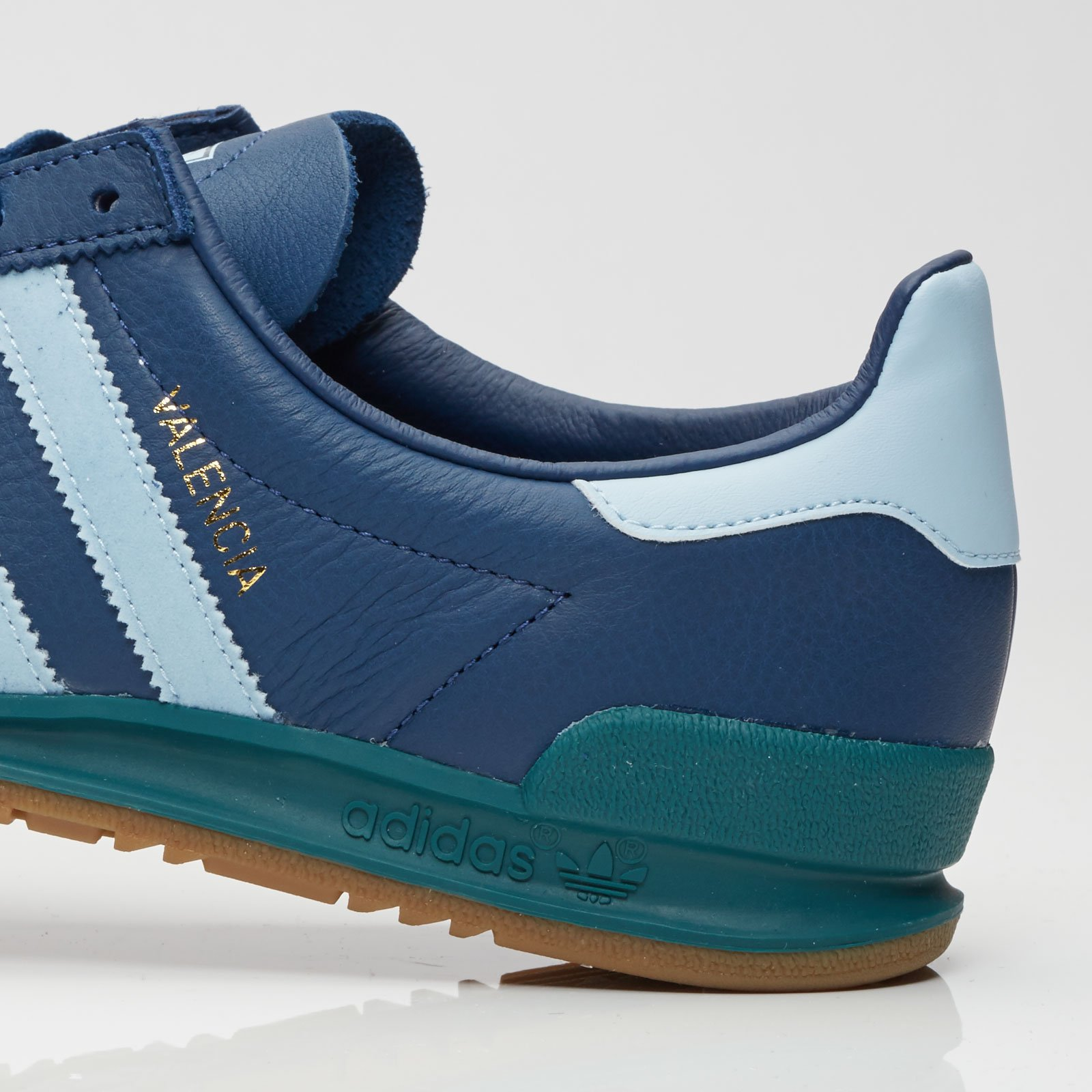 Anoi Gracioso Confiar  adidas Jeans City Series - Bb5274 - Sneakersnstuff | sneakers & streetwear  online since 1999
