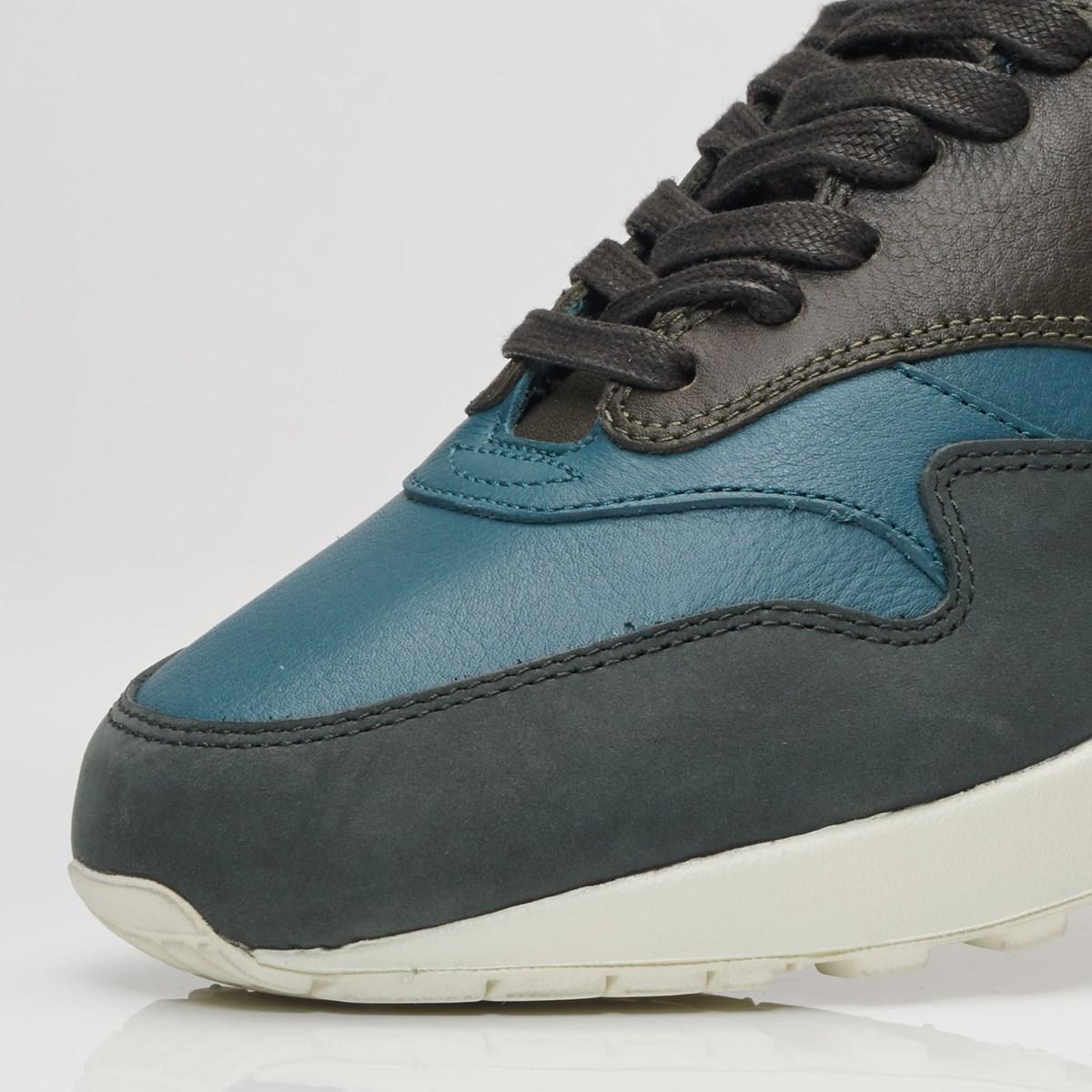 Sell and buy Nike Air Max 1 Pinnacle Iced Jade Shoes Men