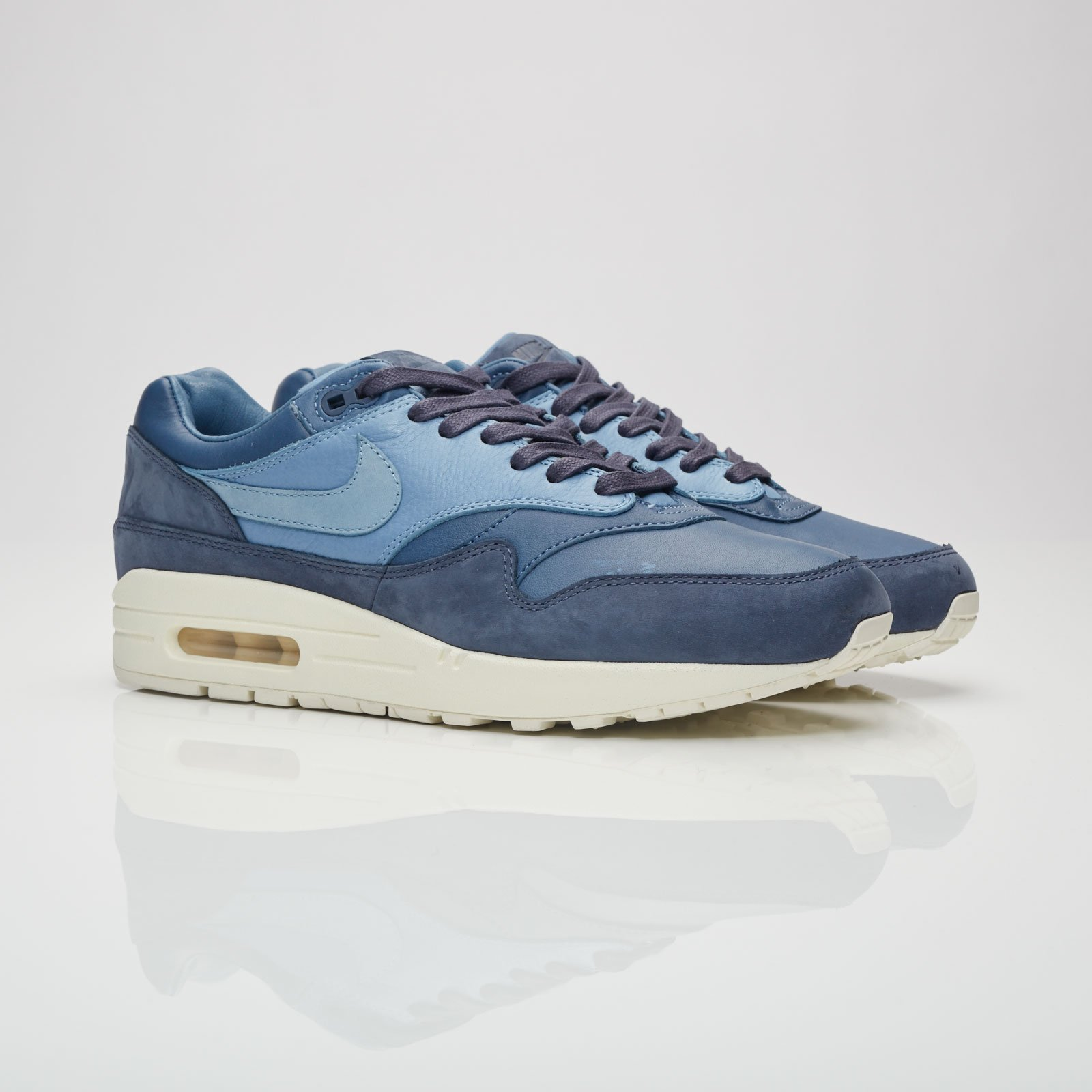official photos 5c77f 07481 Nike Air Max 1 Pinnacle - 859554-400 - Sneakersnstuff | sneakers ...