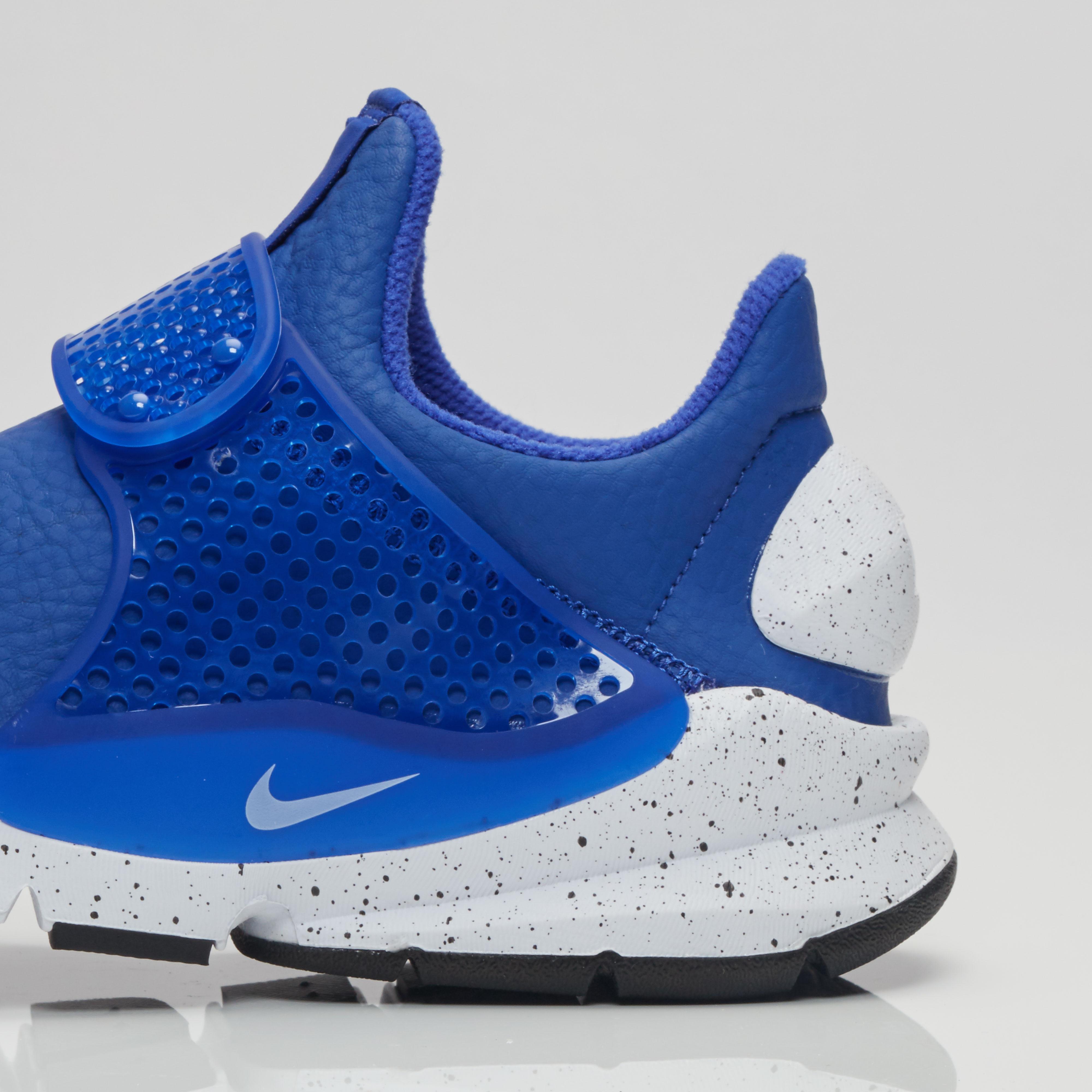 new arrival cf900 ea28c Nike Sock Dart Premium - 881186-400 - Sneakersnstuff   sneakers    streetwear online since 1999