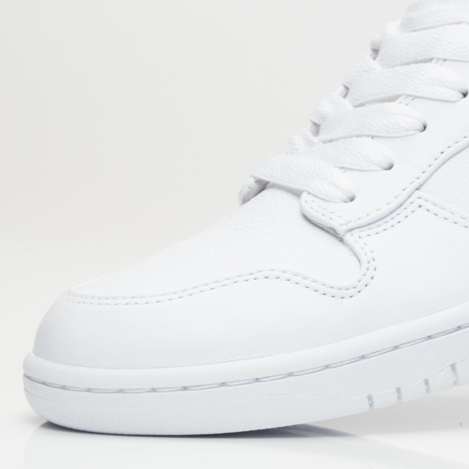 low priced b26a9 0a631 Nike Dunk Lux Chukka   Rt - 910088-100 - Sneakersnstuff   sneakers    streetwear online since 1999